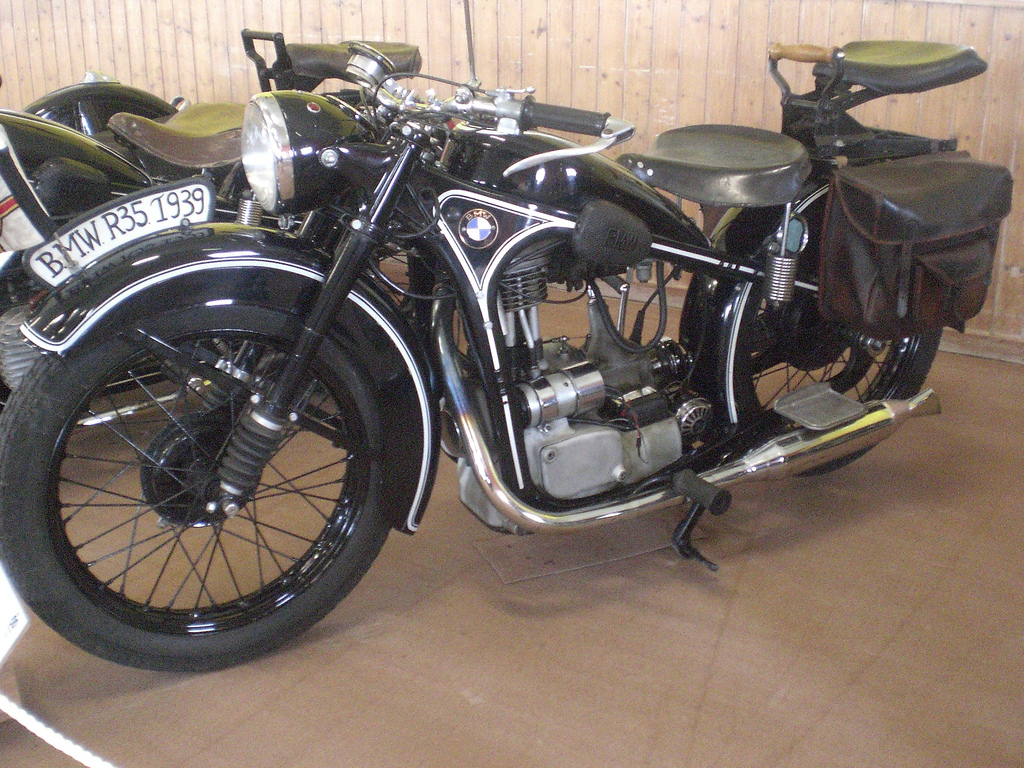 Bmw R35 Pics Specs And List Of Seriess By Year Onlymotorbikes Com