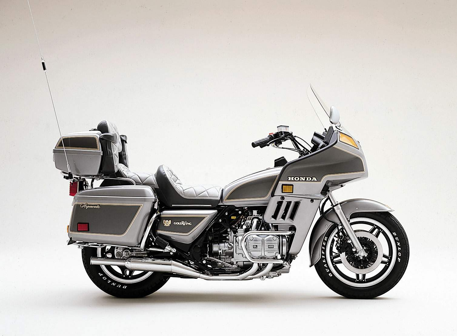 Honda GL 1100 Gold Wing 1982 images #81223