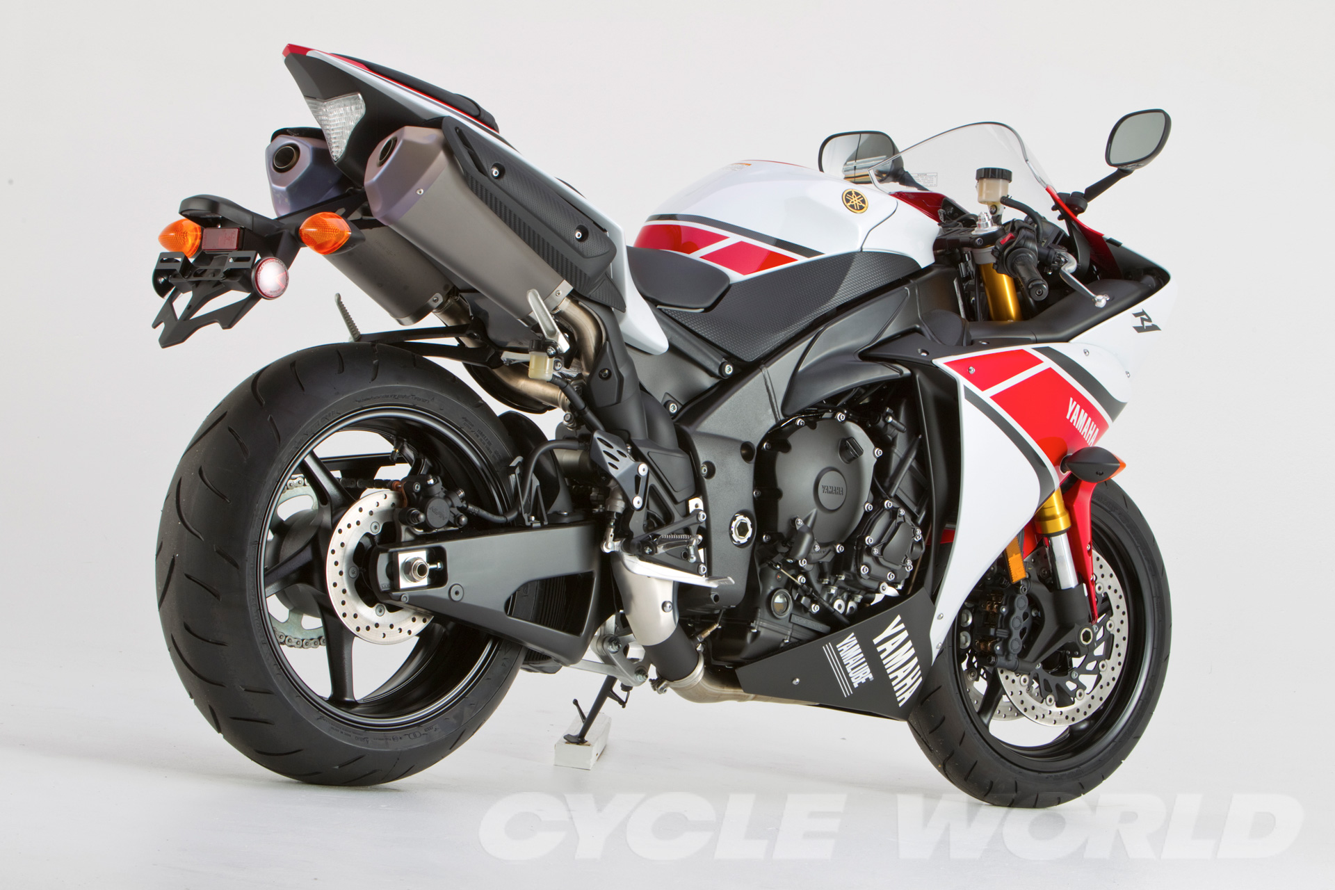 2012 yamaha yzf r125 pics specs and information. Black Bedroom Furniture Sets. Home Design Ideas