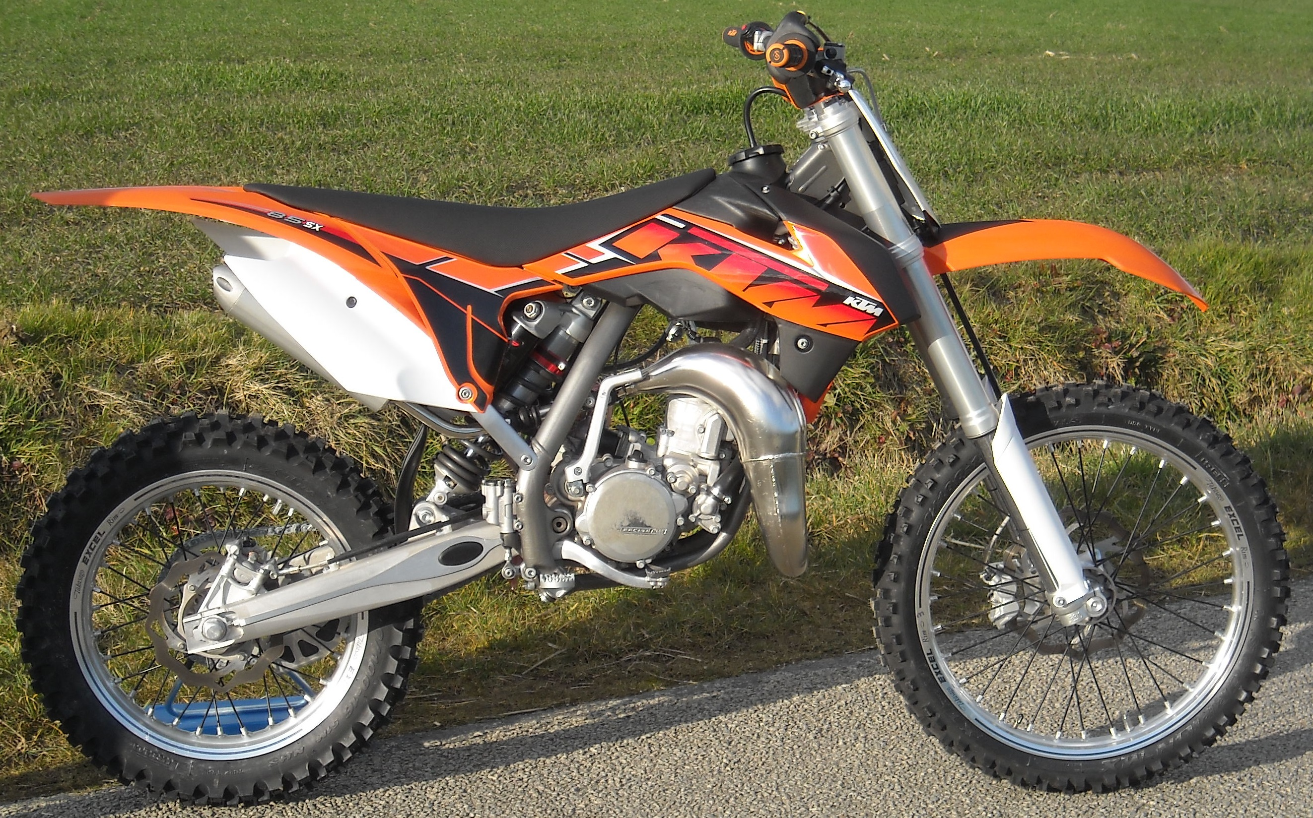 ktm 85 sx pics specs and list of seriess by year. Black Bedroom Furniture Sets. Home Design Ideas