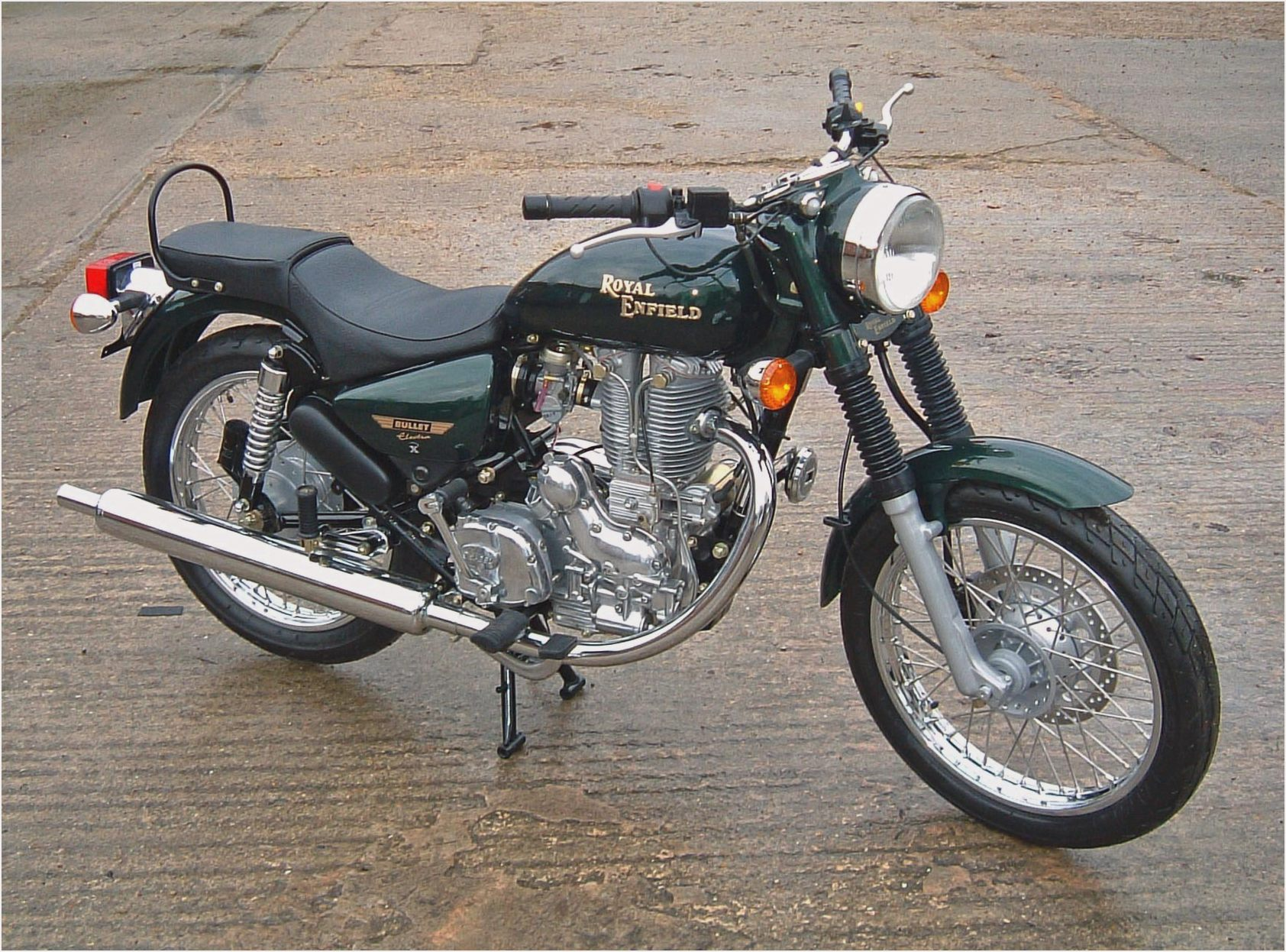 Royal Enfield Bullet 500 Deluxe AVL images #124049
