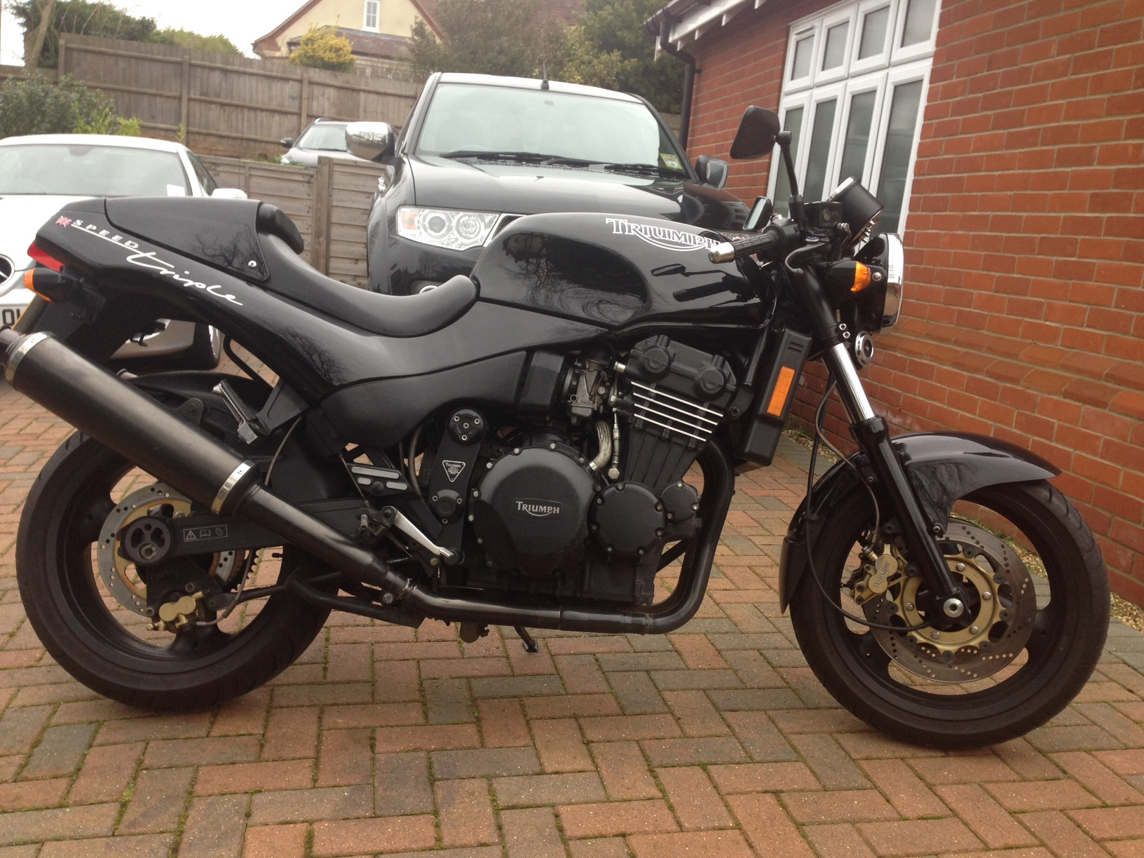 Triumph Speed Triple 900 1994 images #162595