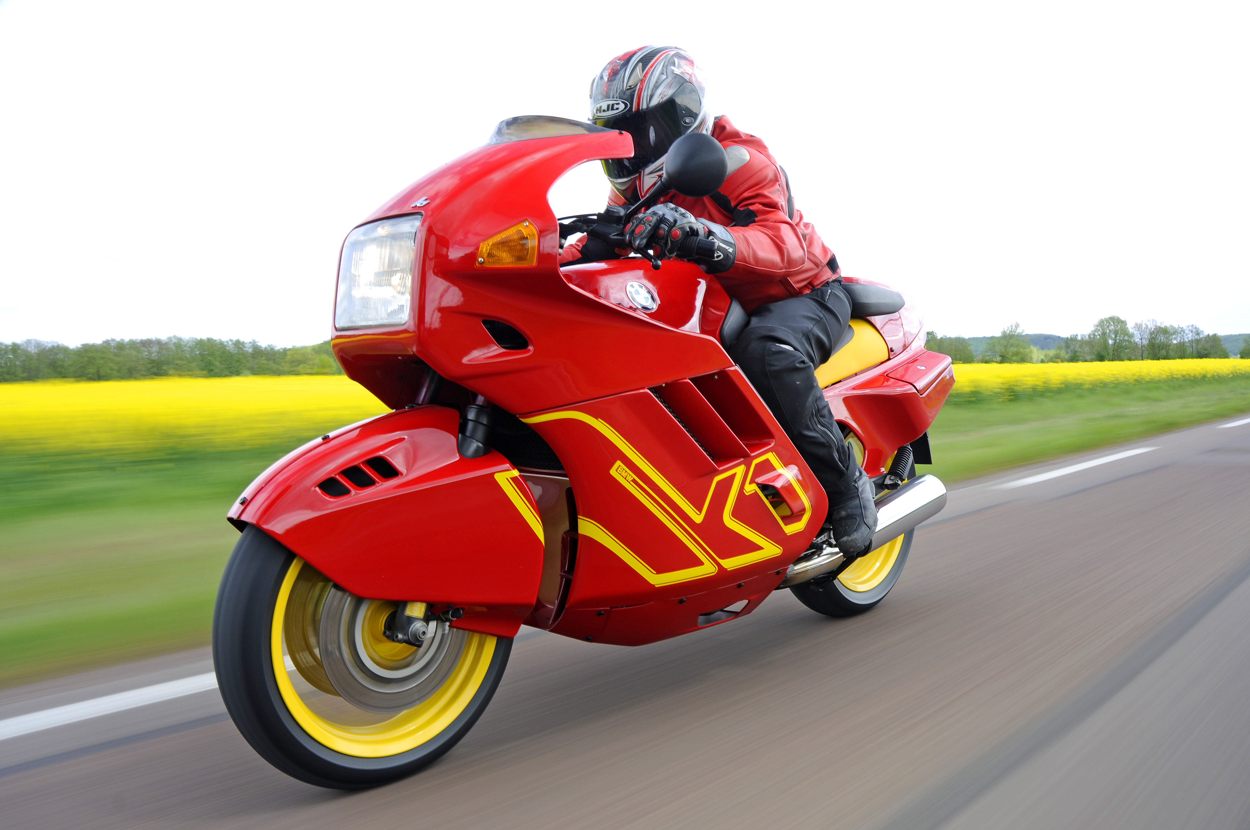 Bmw >> BMW K1: pics, specs and list of seriess by year - onlymotorbikes.com