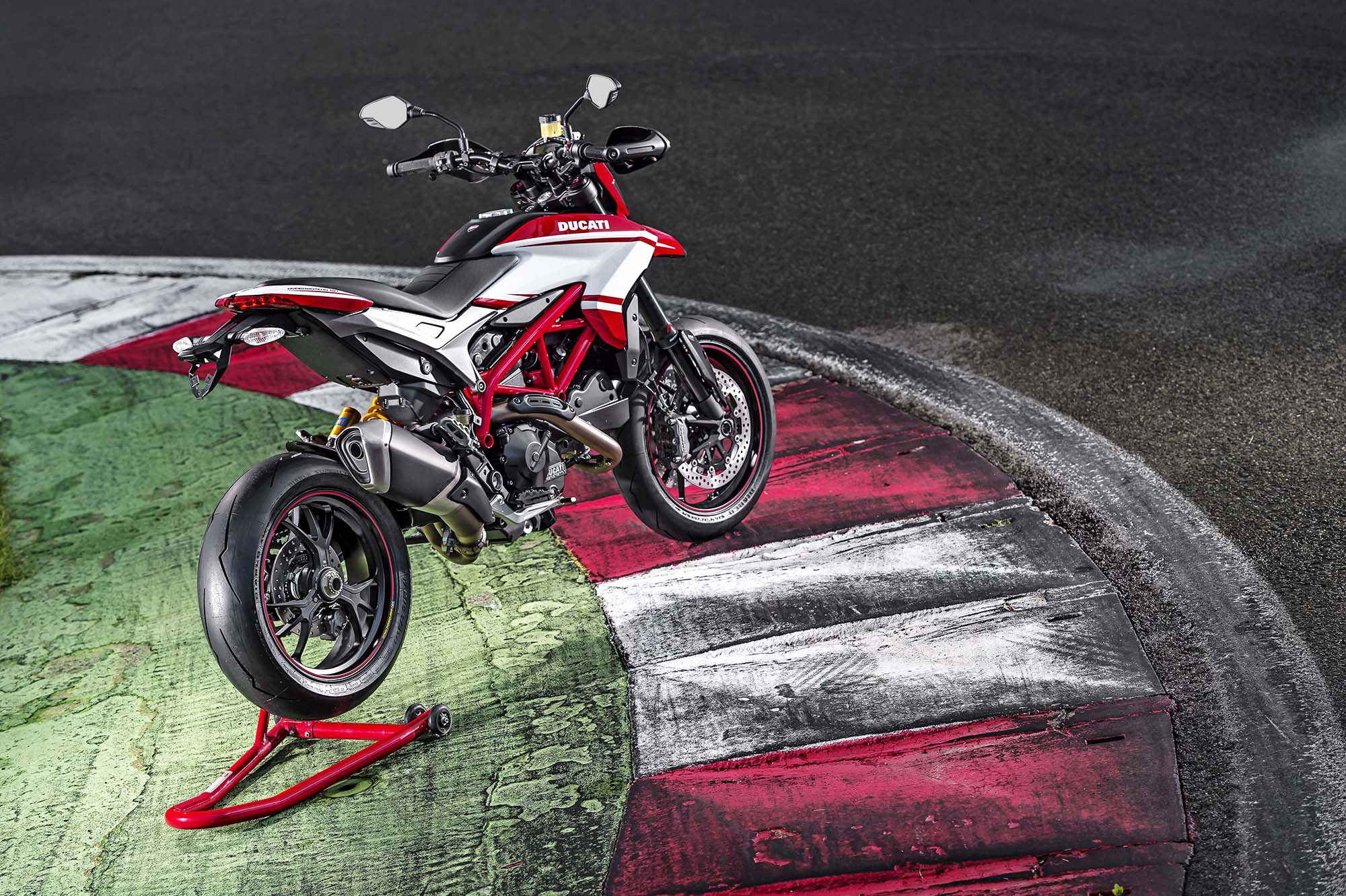 Ducati Hypermotard SP 2015 images #79638