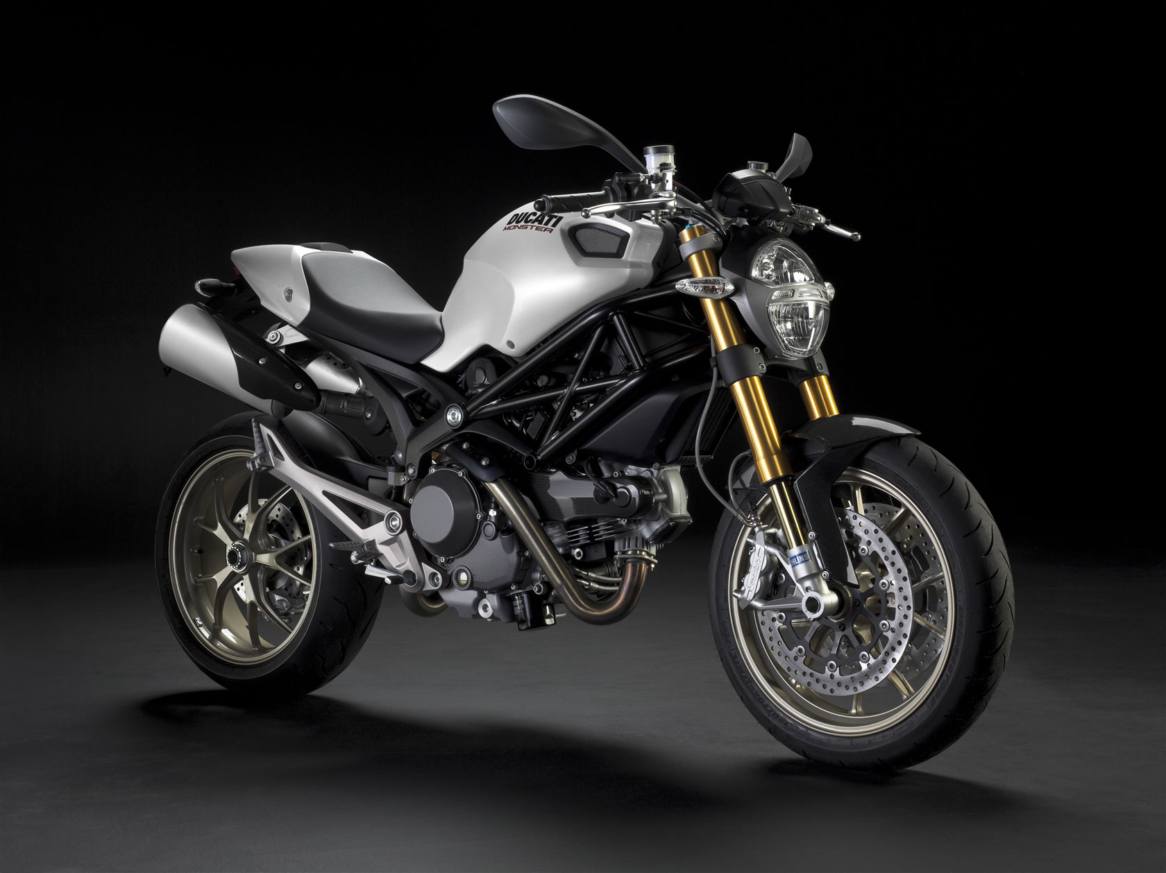 Ducati Monster 1100 S 2010 images #79341