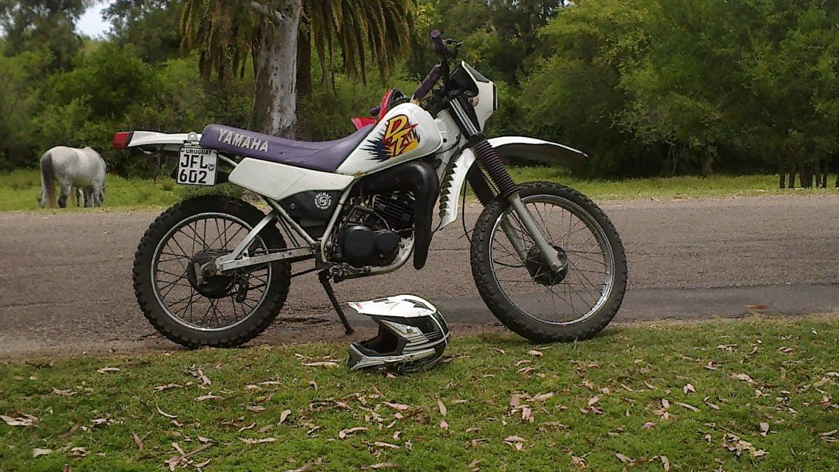 Yamaha Dt 125 E Pics Specs And List Of Seriess By Year