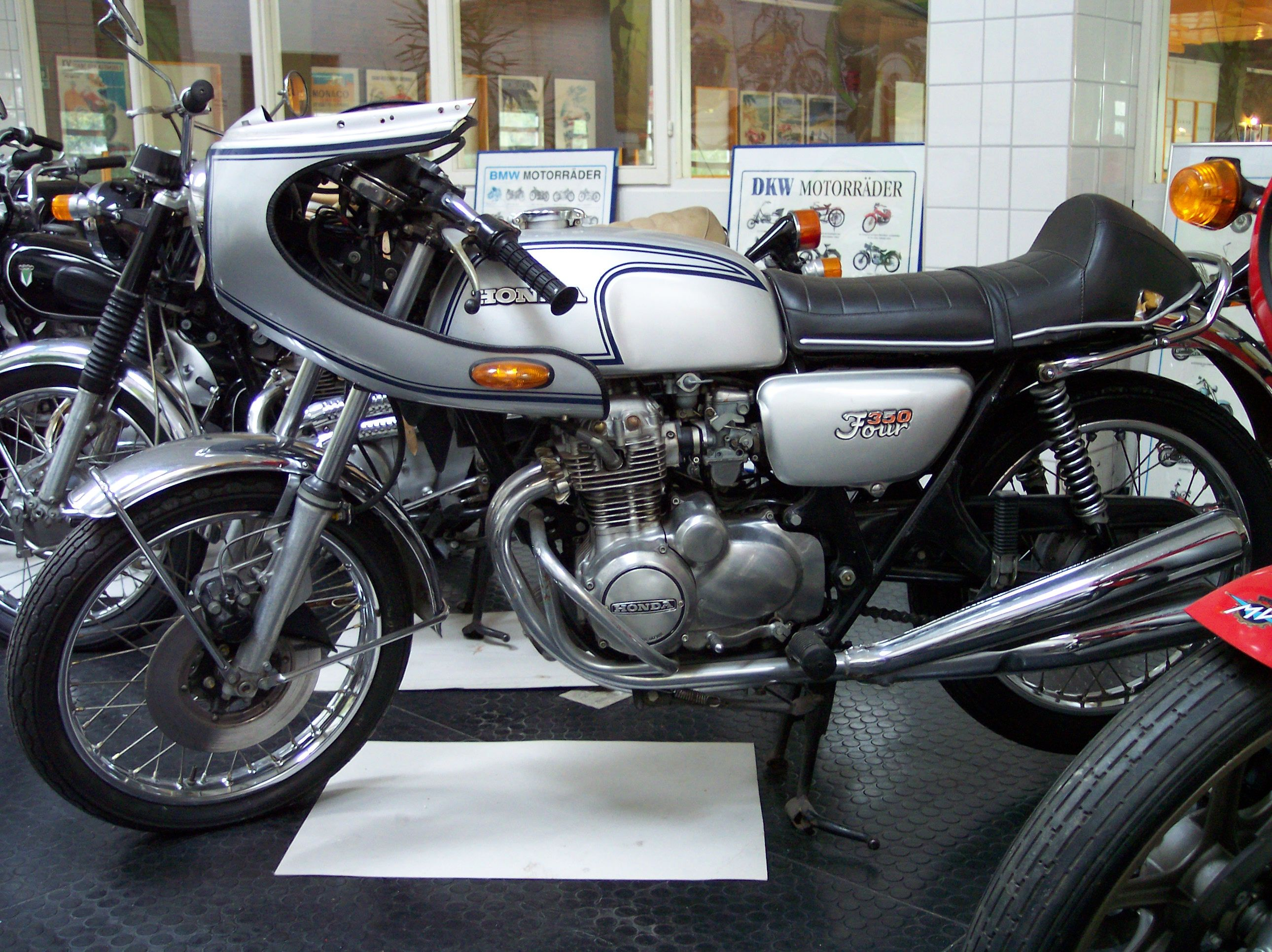 Benelli 350 RS 1979 images #75872