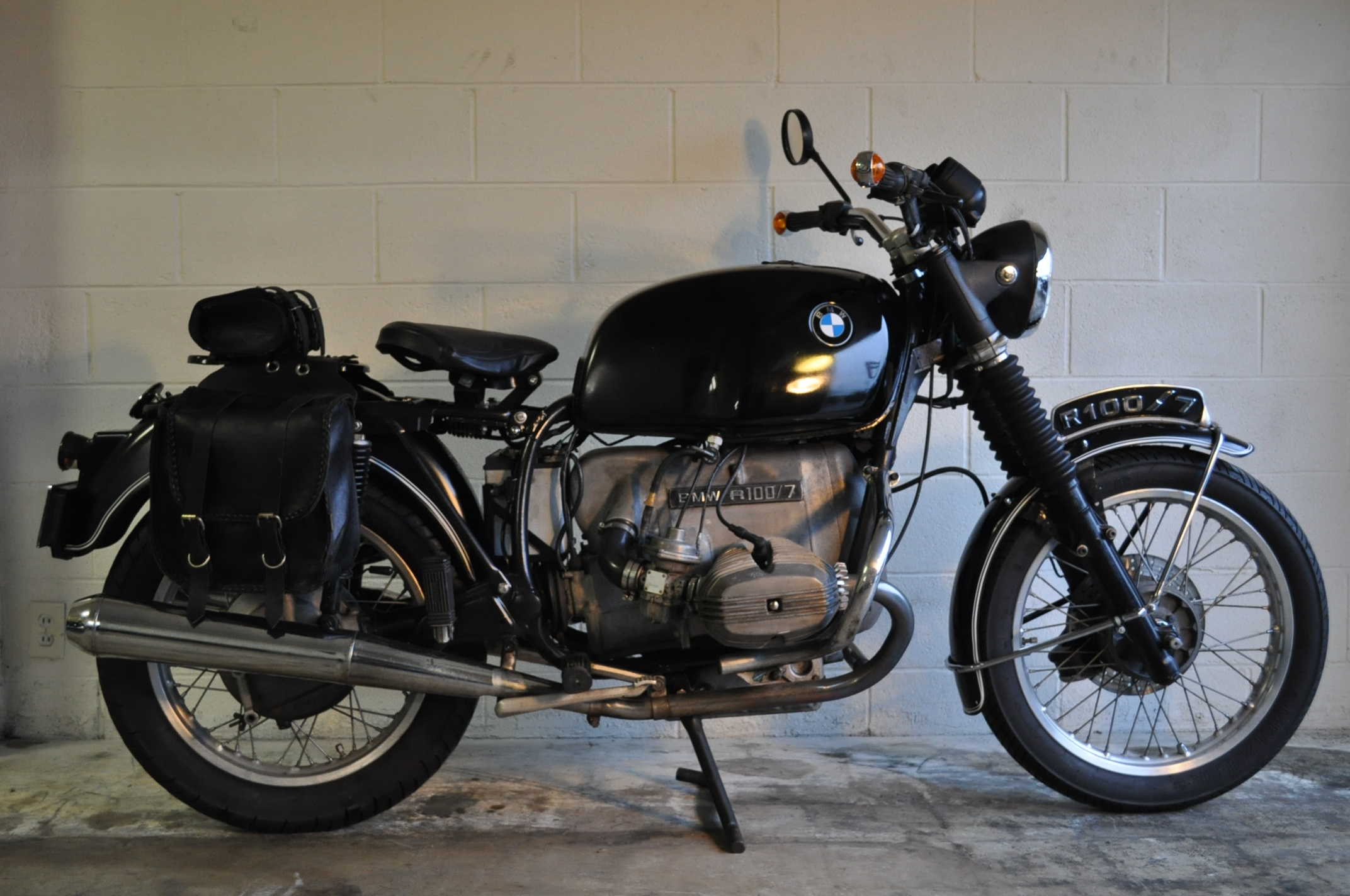 1978 bmw r100 7 pics specs and information. Black Bedroom Furniture Sets. Home Design Ideas