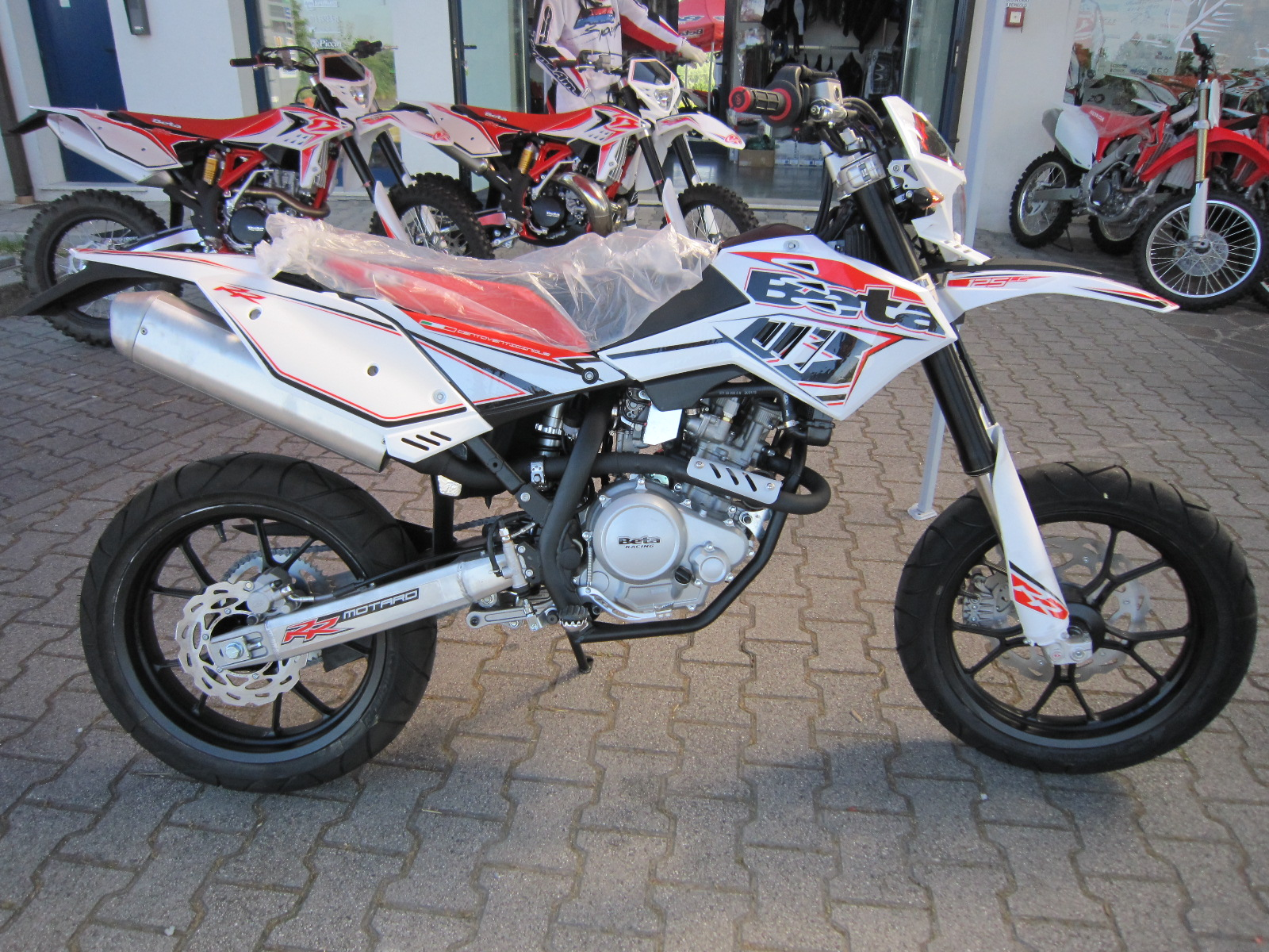 Beta RR 125 4T Motard 2013 images #63601