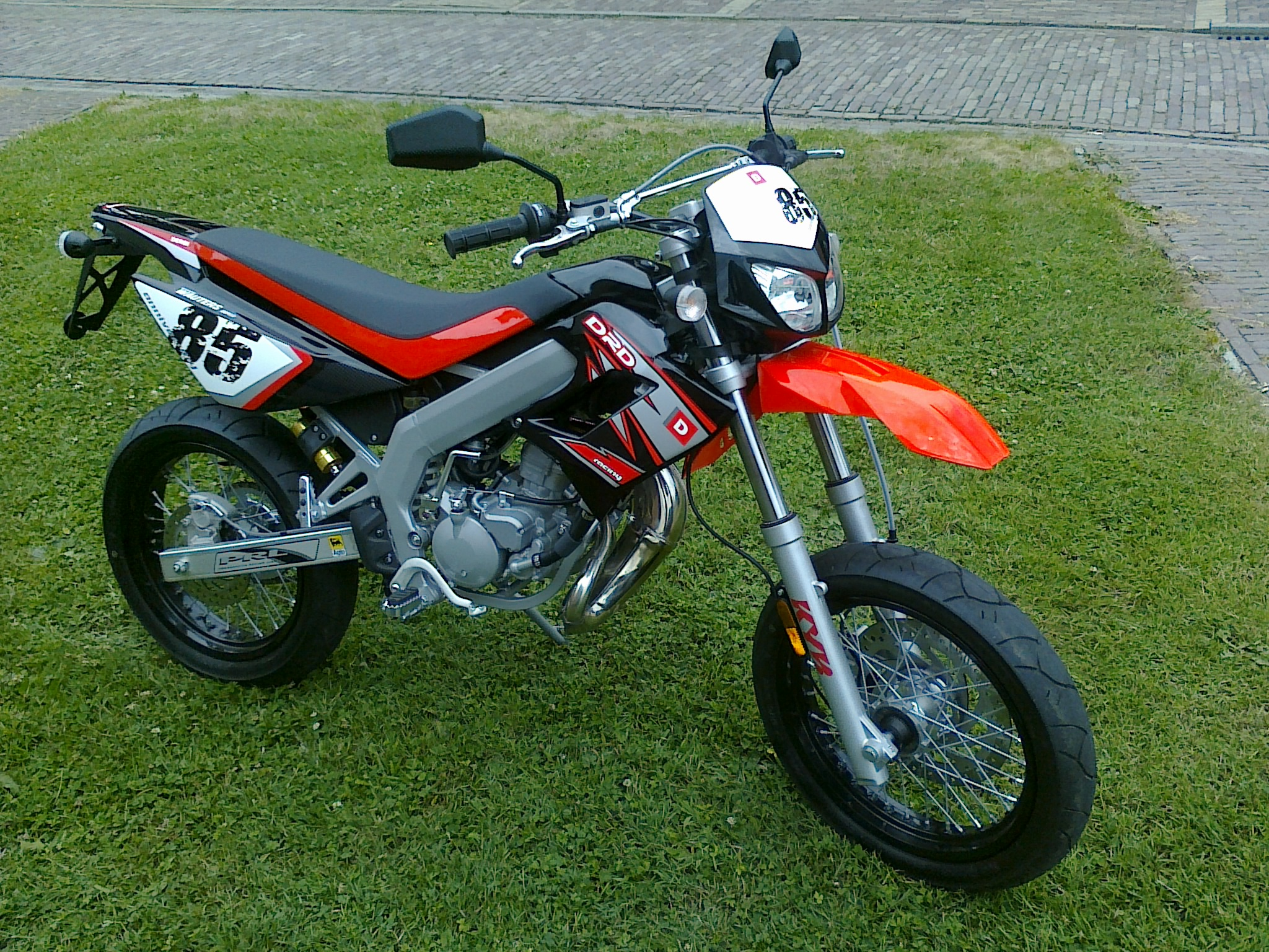 Derbi Senda DRD Evo 50 SM Limited Edition images #71224