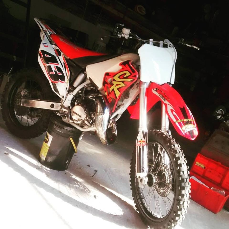 Honda Off Road Honda CR 125 R: pics, specs and list of seriess by year ...