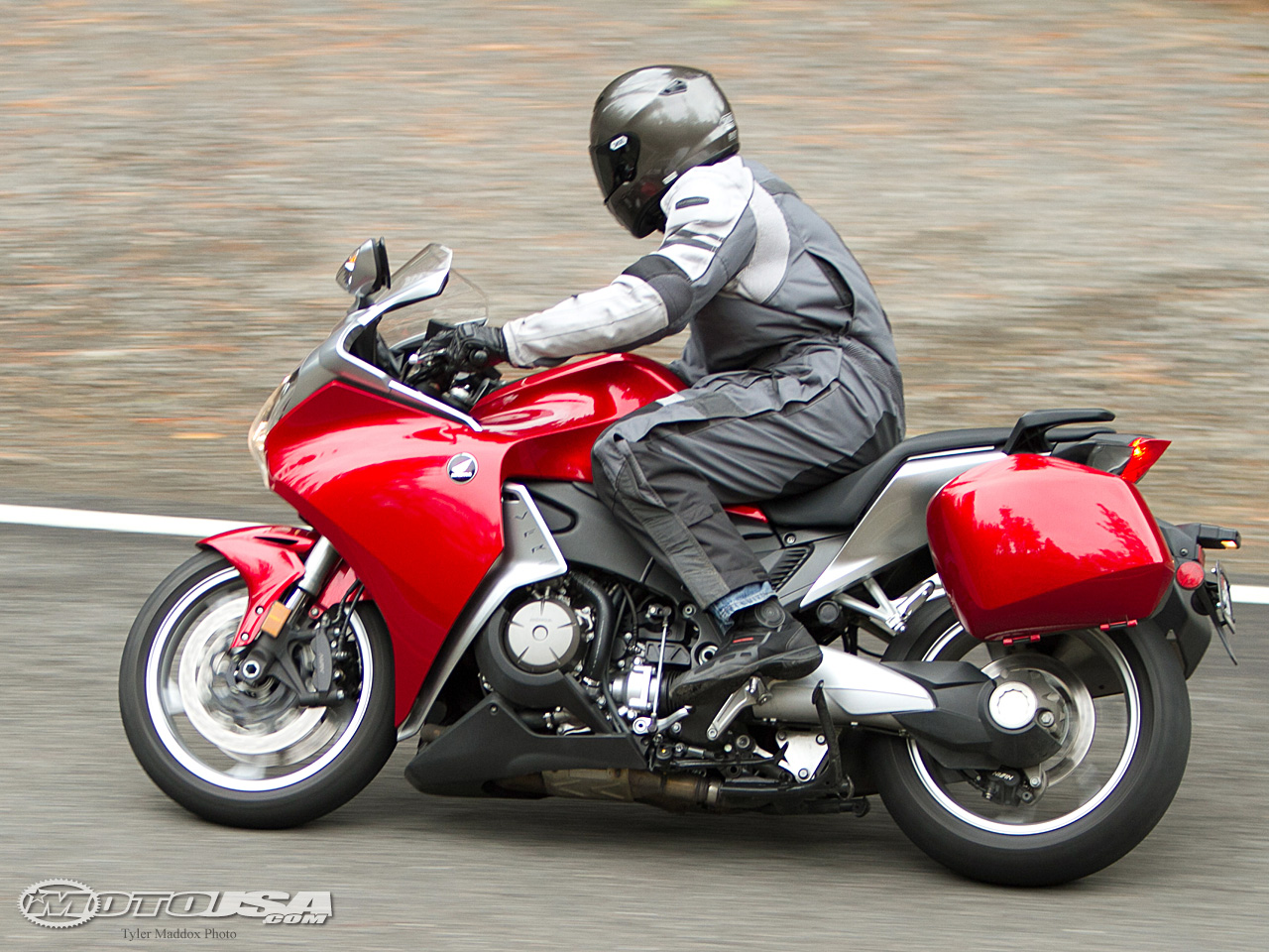 honda vfr 1200 f pics specs and list of seriess by year. Black Bedroom Furniture Sets. Home Design Ideas