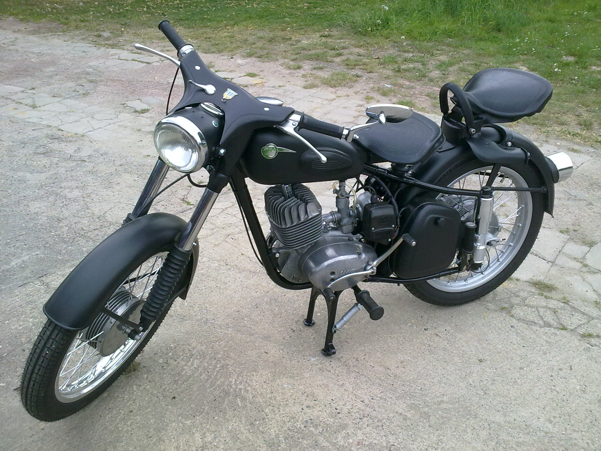 classic mz motorcycles mz motorcycle parts for sale. Black Bedroom Furniture Sets. Home Design Ideas
