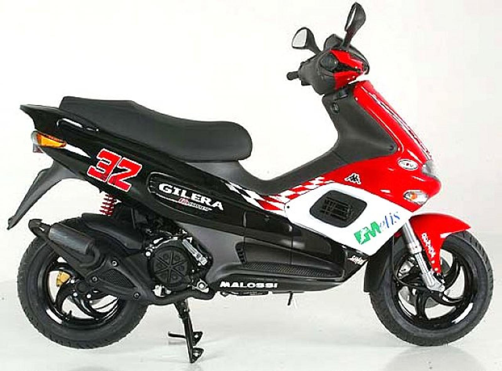 Gilera Runner Racing Replica 2006 images #96206