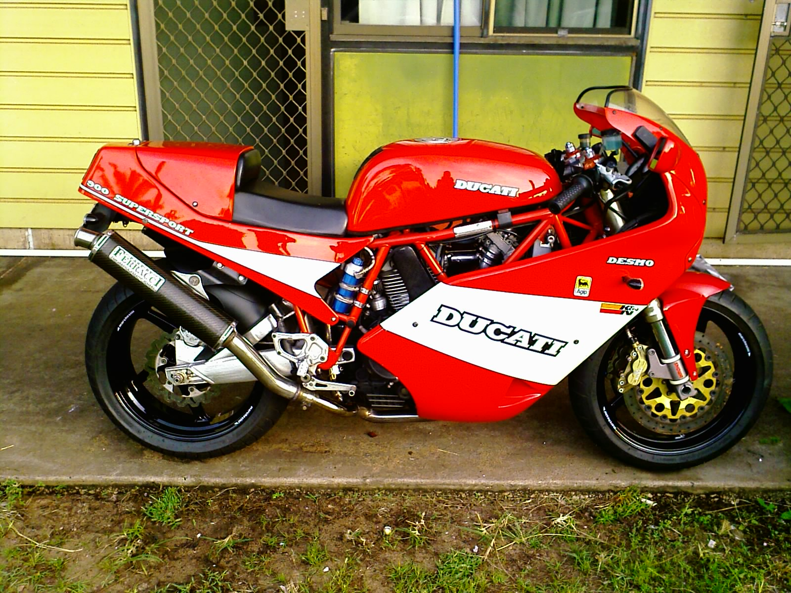 Ducati 900 SS Super Sport 1989 wallpapers #10443