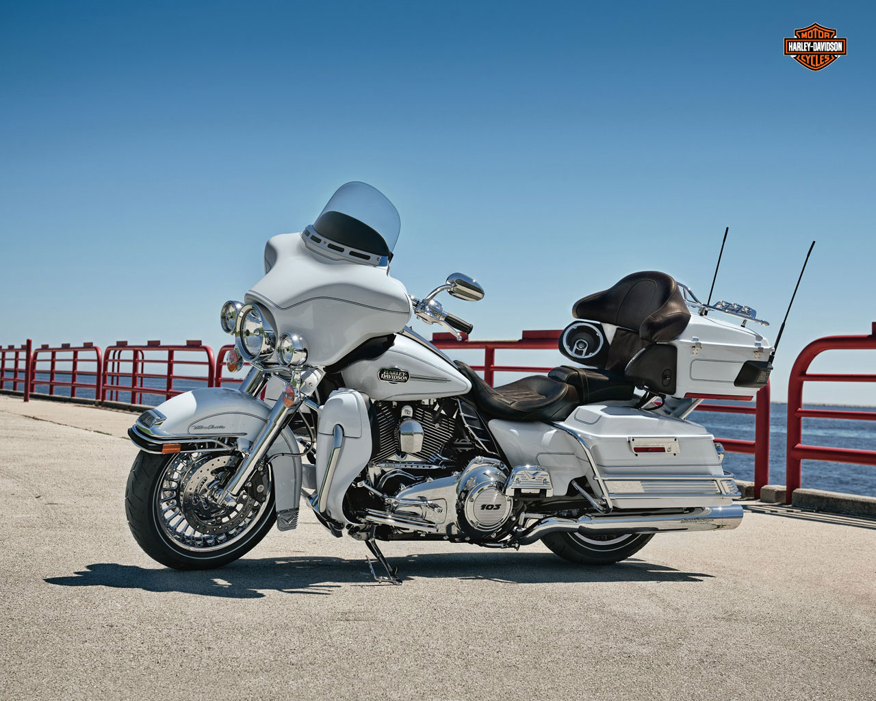 Harley-Davidson FLHTCU Electra Glide Ultra Classic 2006 wallpapers #134243