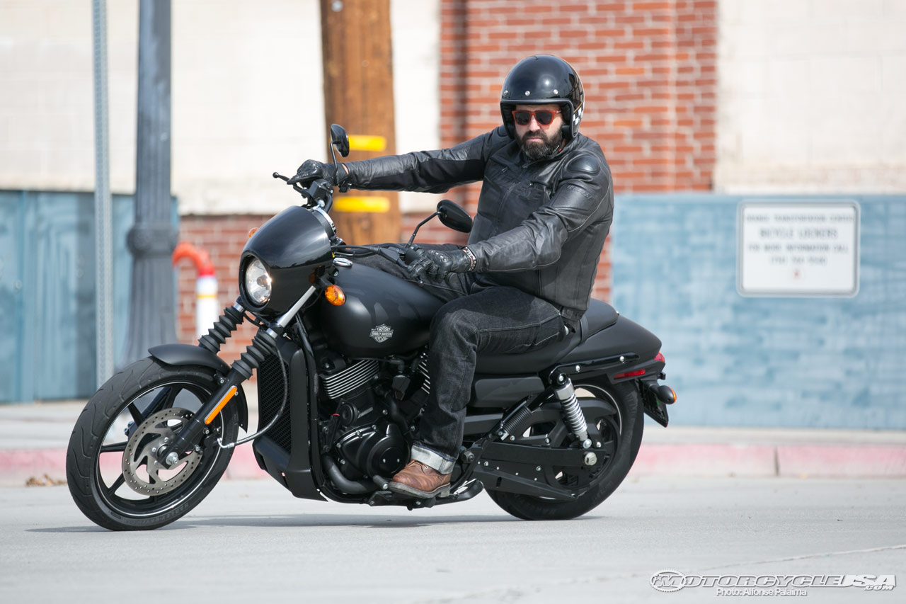 How Many Cc Is A  Harley Davidson Street Glide