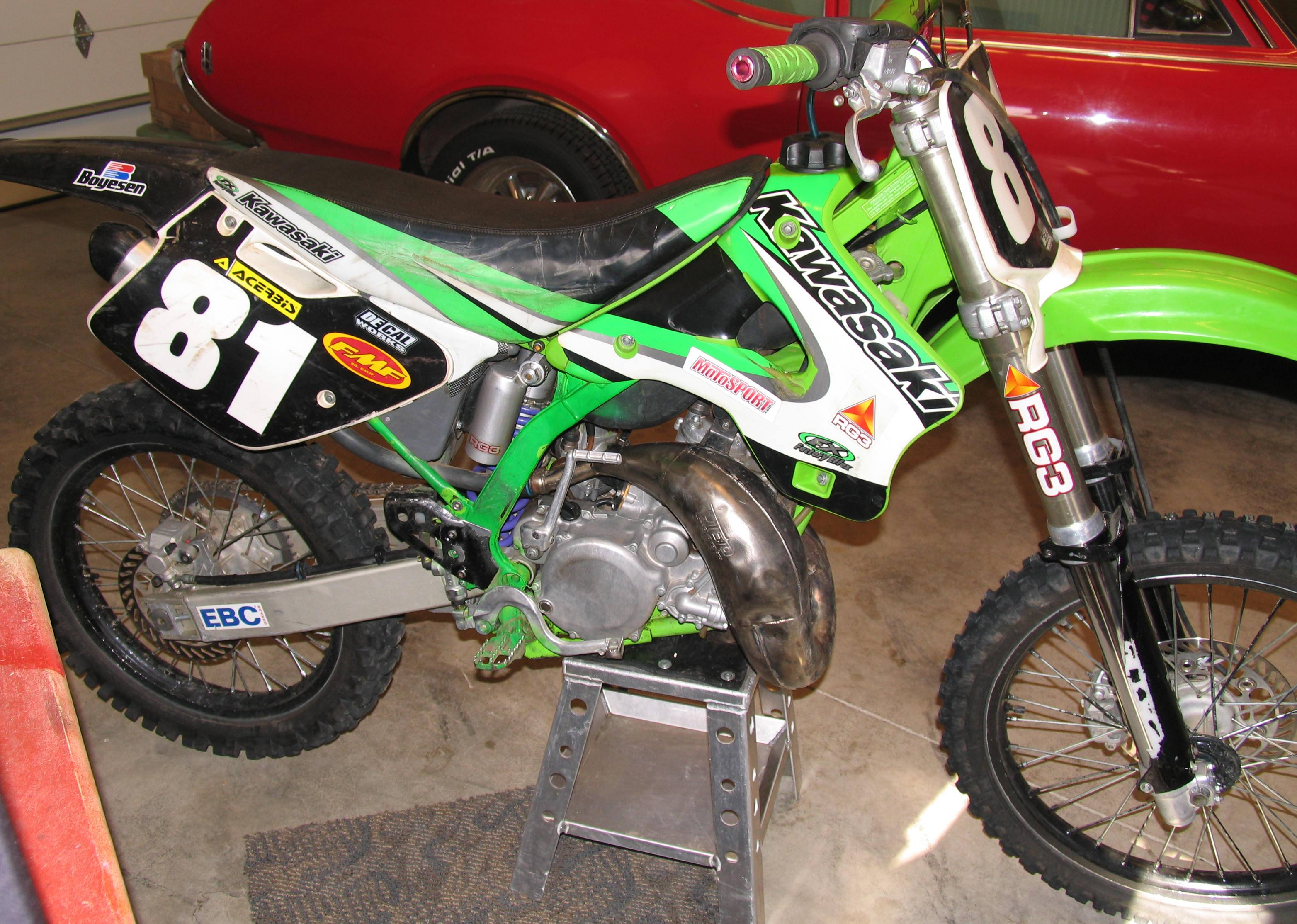 Kawasaki Kx 125 Pics Specs And List Of Seriess By Year