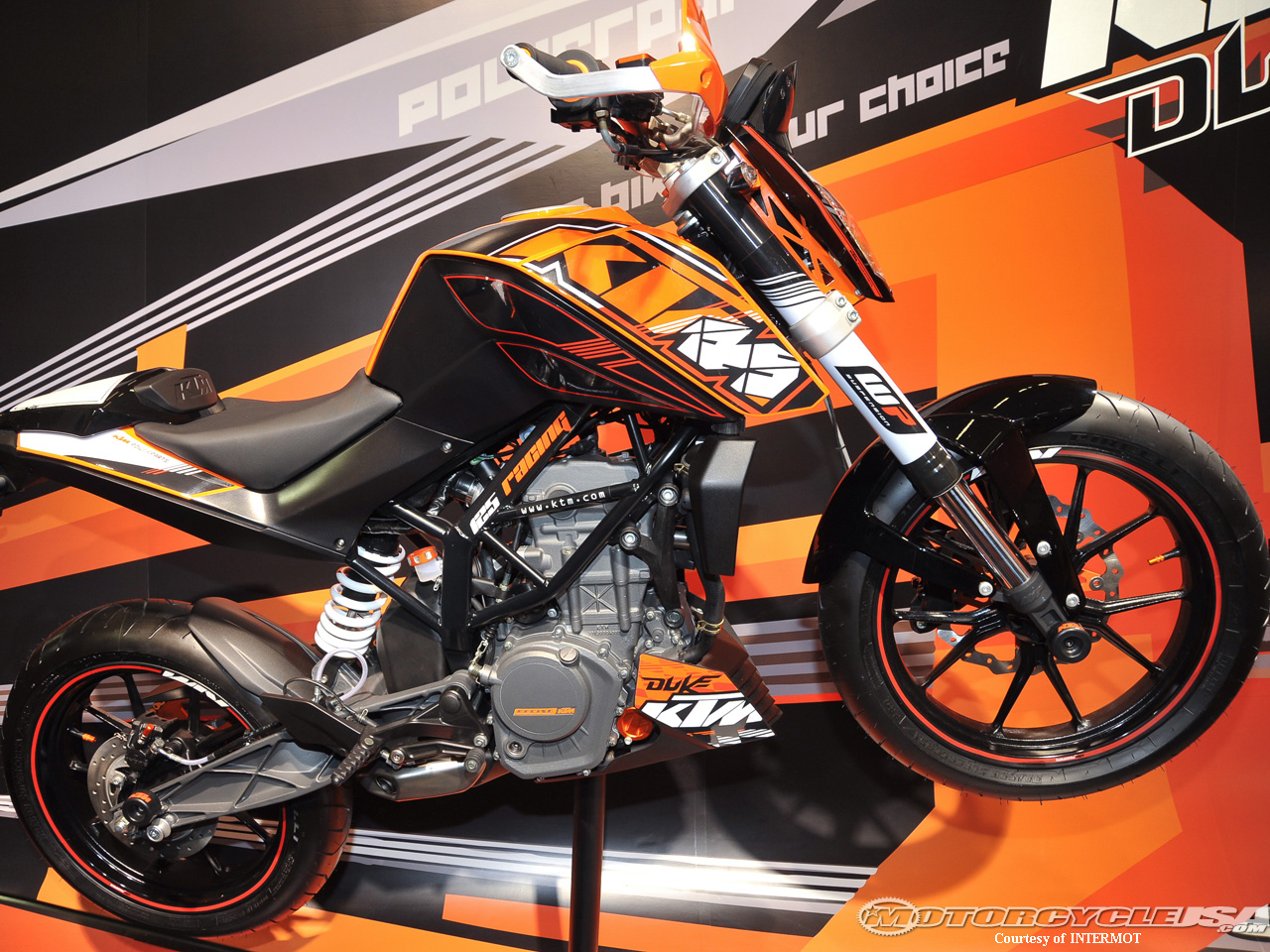 2011 ktm 125 duke pics specs and information. Black Bedroom Furniture Sets. Home Design Ideas