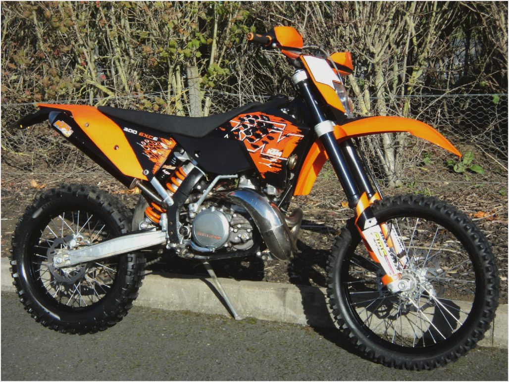 2004 ktm 300 exc pics specs and information. Black Bedroom Furniture Sets. Home Design Ideas