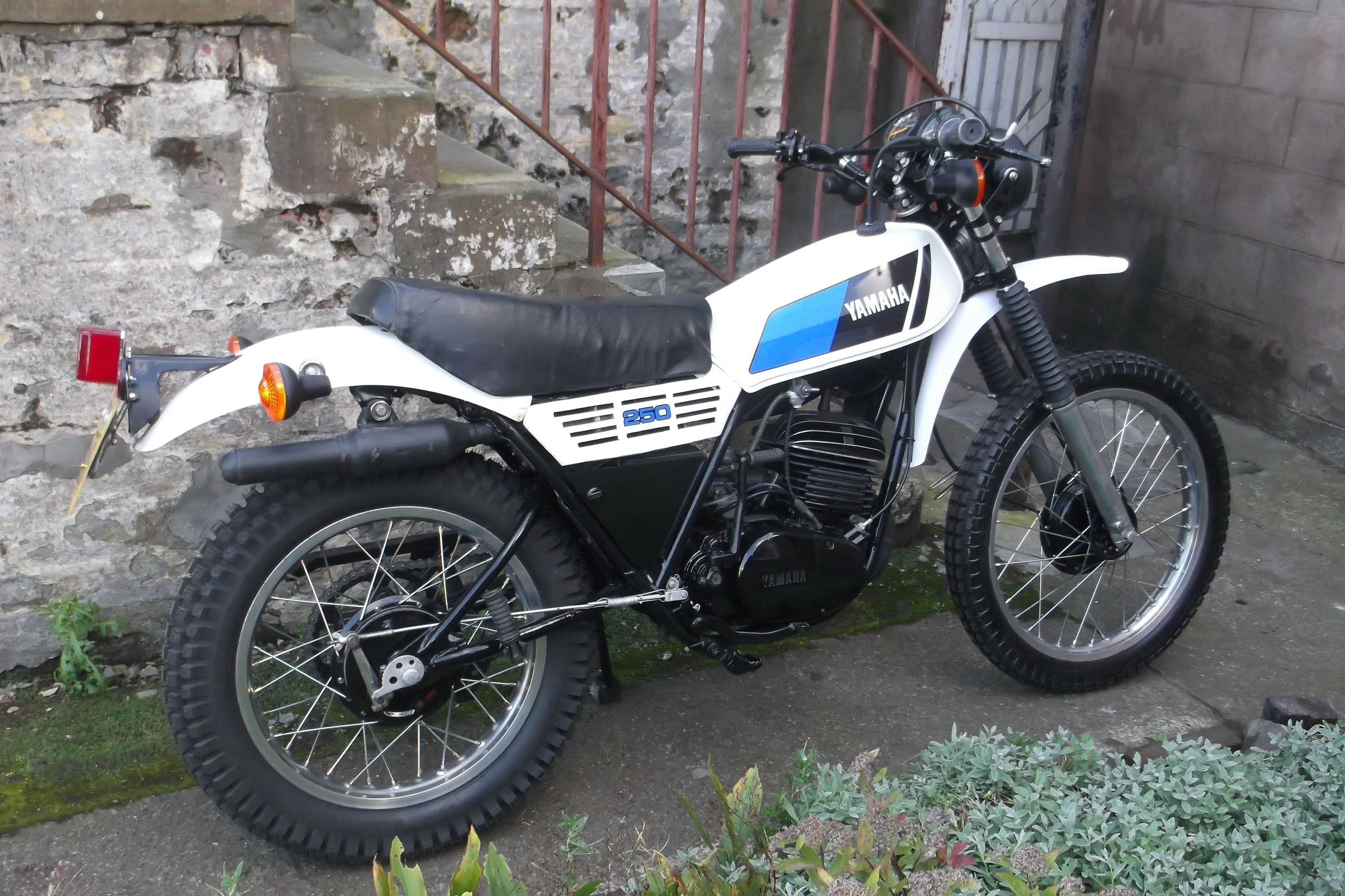 Yamaha DT 250 MX 1978 wallpapers #135531
