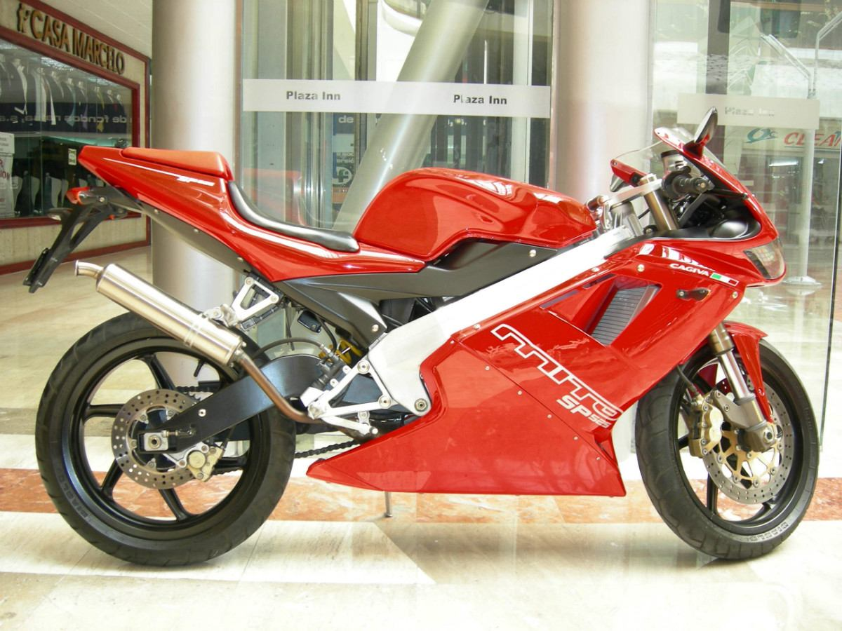 1993 cagiva mito 125 pics specs and information. Black Bedroom Furniture Sets. Home Design Ideas