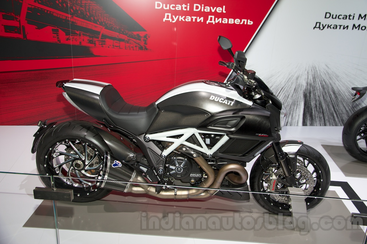 Ducati Diavel Carbon 2014 wallpapers #13028