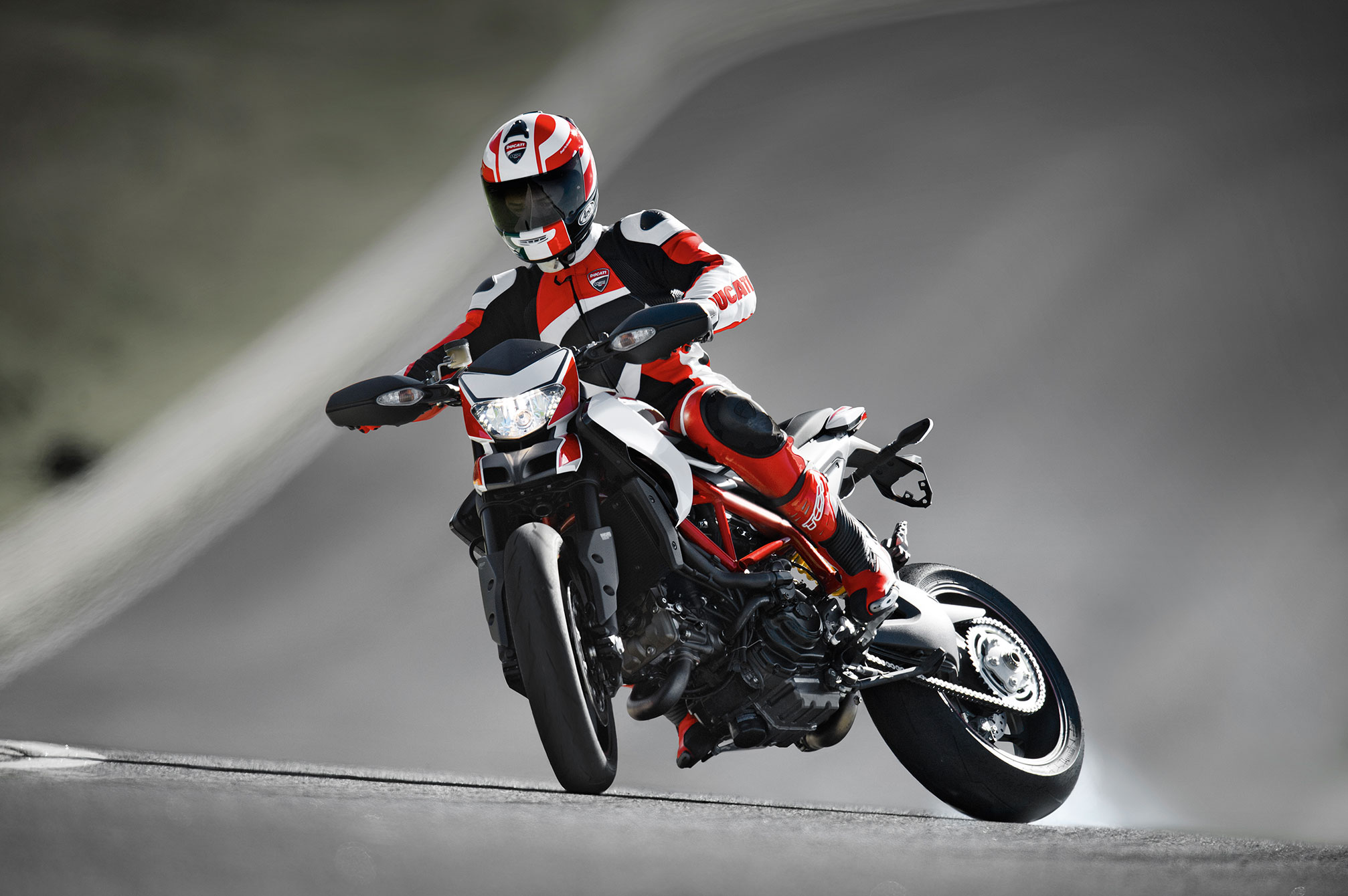 Ducati Hypermotard SP images #79643