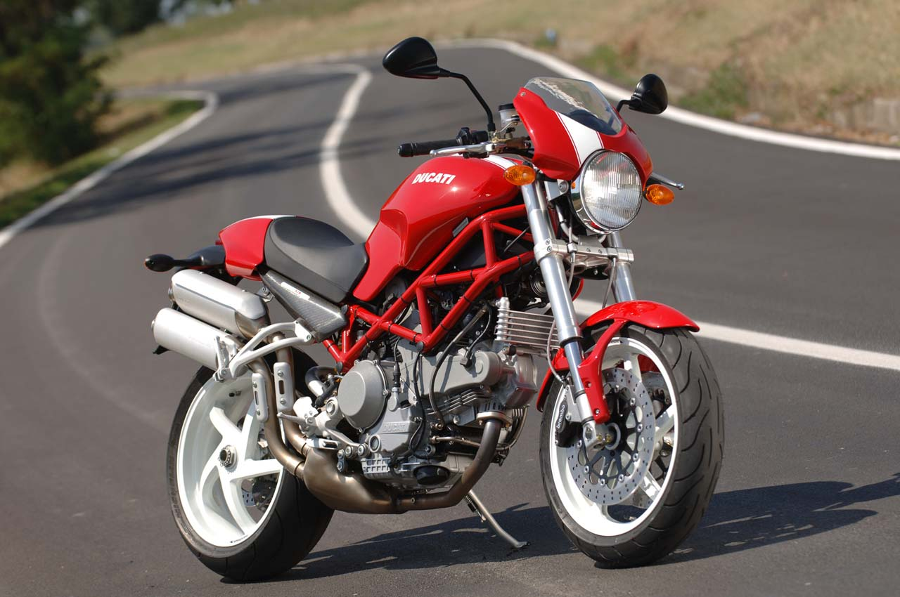 Ducati Monster S2R 800 2006 wallpapers #12233