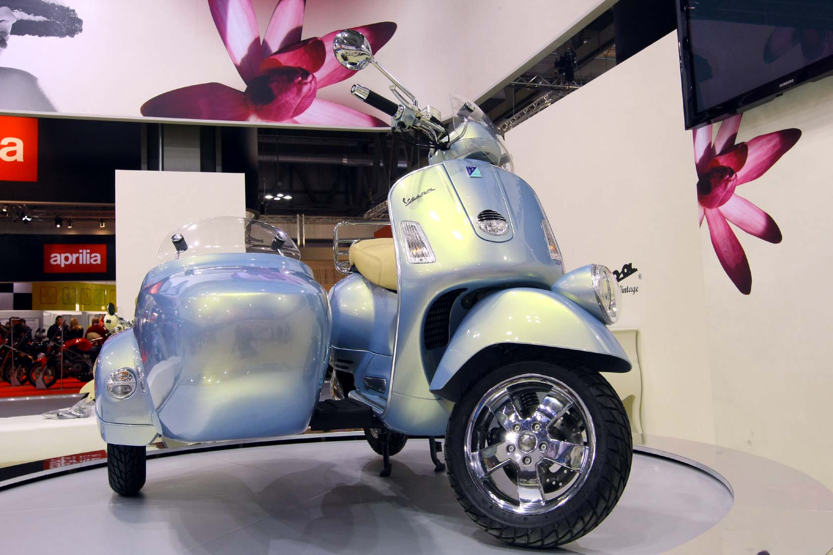 Vespa GTV 250 ie Sidecar wallpapers #129680