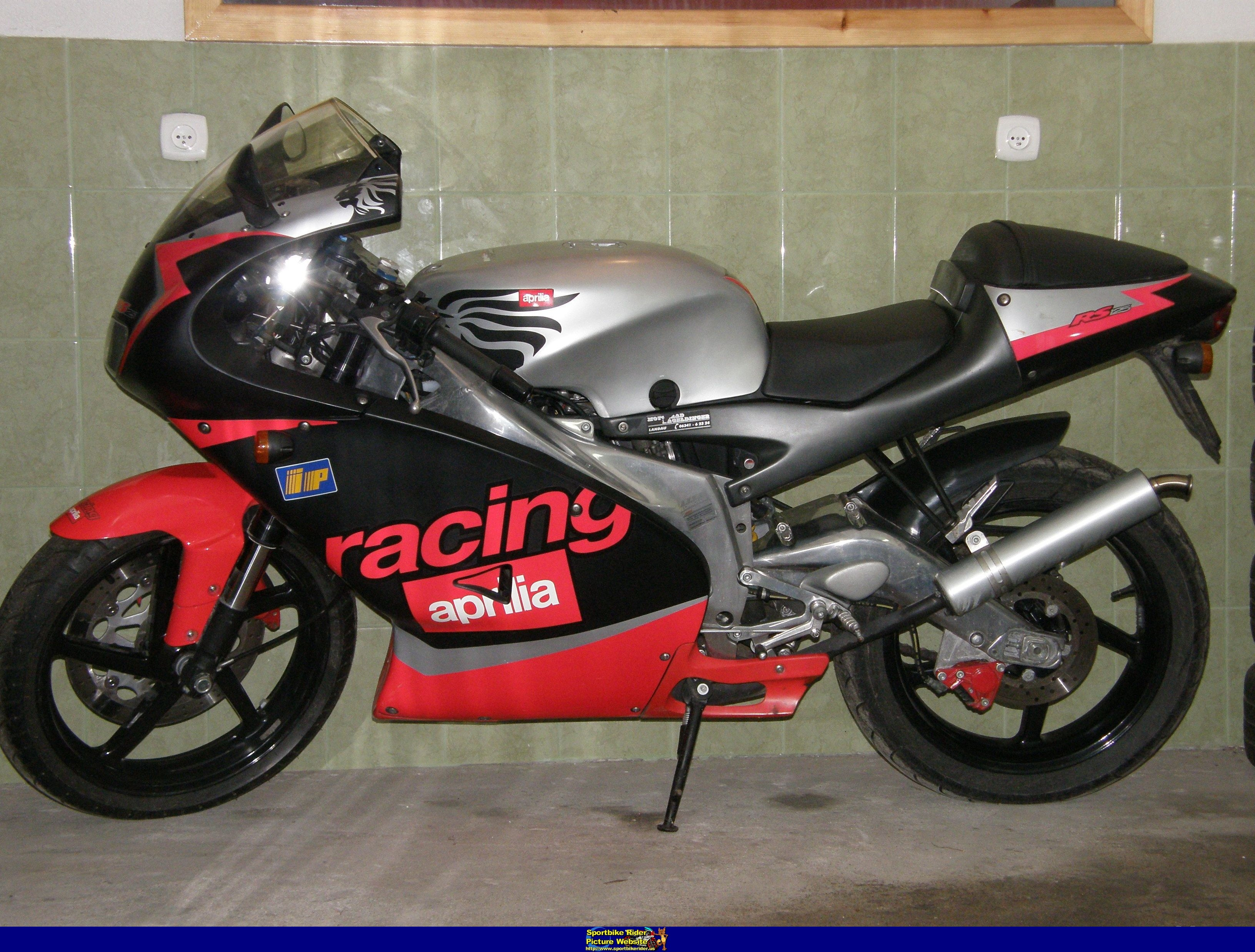 2002 aprilia rs 125 pics specs and information. Black Bedroom Furniture Sets. Home Design Ideas
