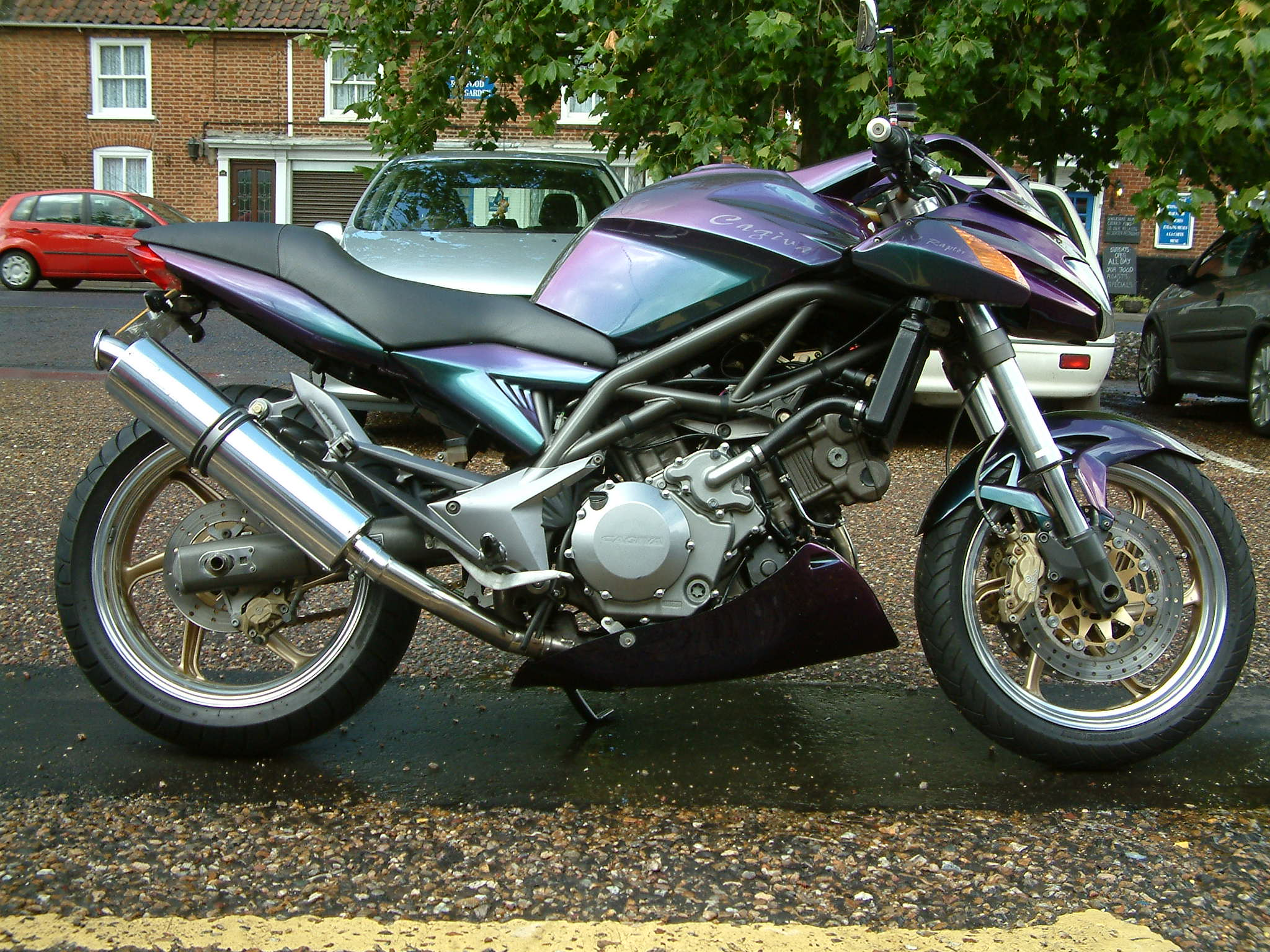 2000 Cagiva Raptor 1000 pics specs and information