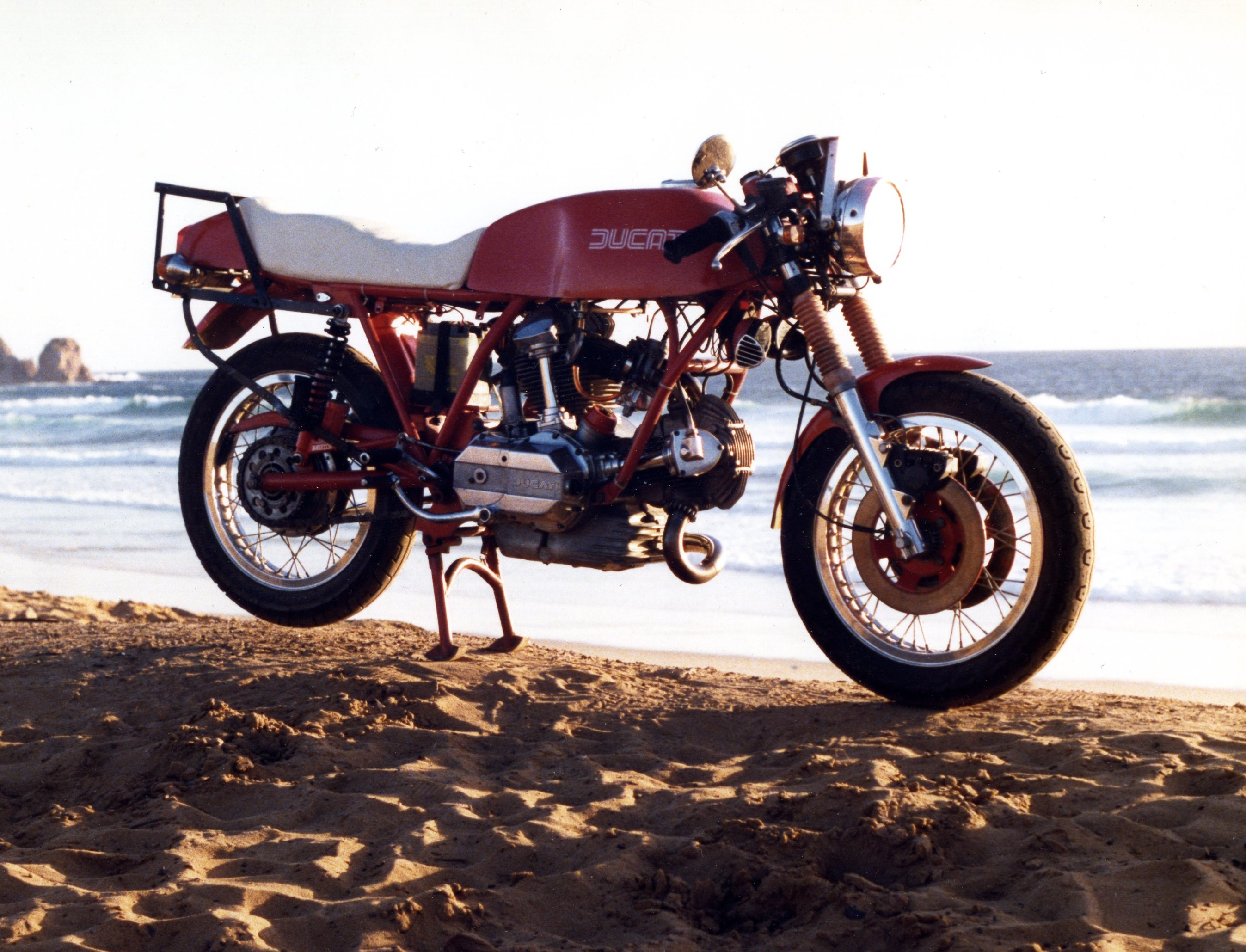 Ducati 860 GT 1976 wallpapers #133947