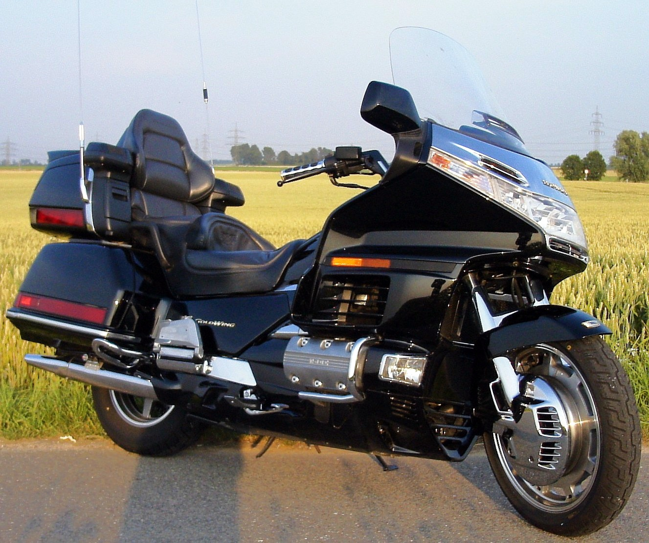 Honda GL 1100 Gold Wing 1982 images #81232