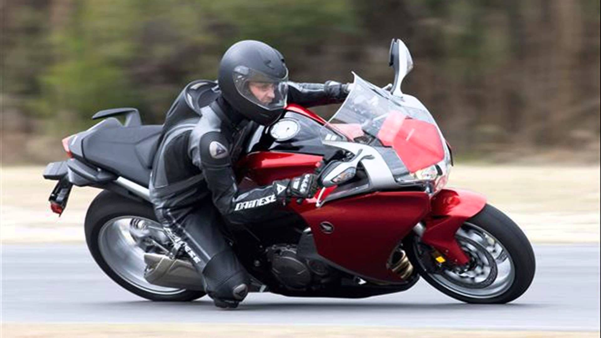 2014 honda vfr 1200 f pics specs and information. Black Bedroom Furniture Sets. Home Design Ideas
