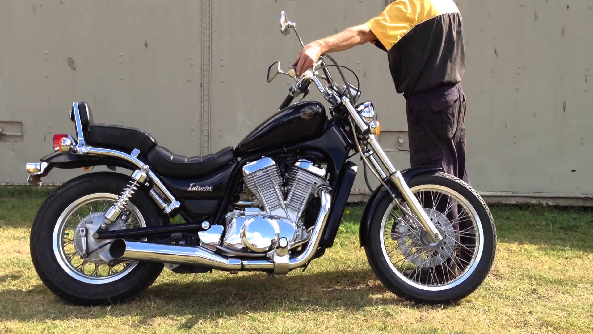 1989 Suzuki Vs 750 Intruder Pics Specs And Information