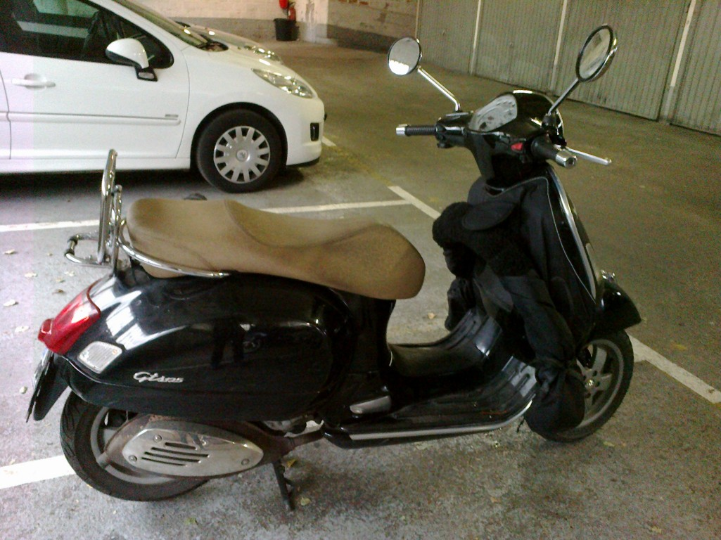 2007 vespa gtv 125 pics specs and information. Black Bedroom Furniture Sets. Home Design Ideas