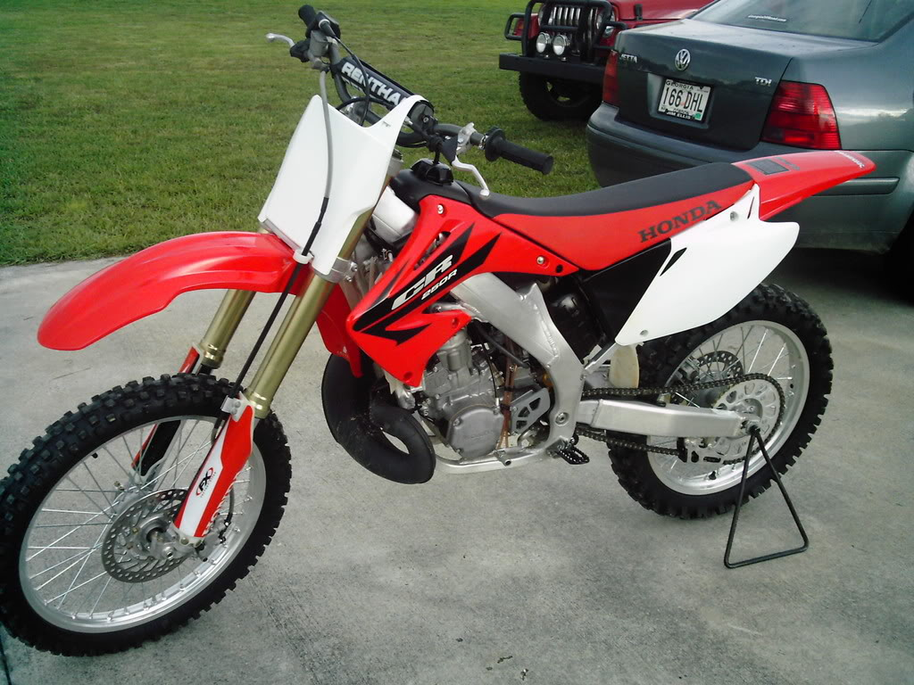 2006 honda cr 250 r pics specs and information. Black Bedroom Furniture Sets. Home Design Ideas