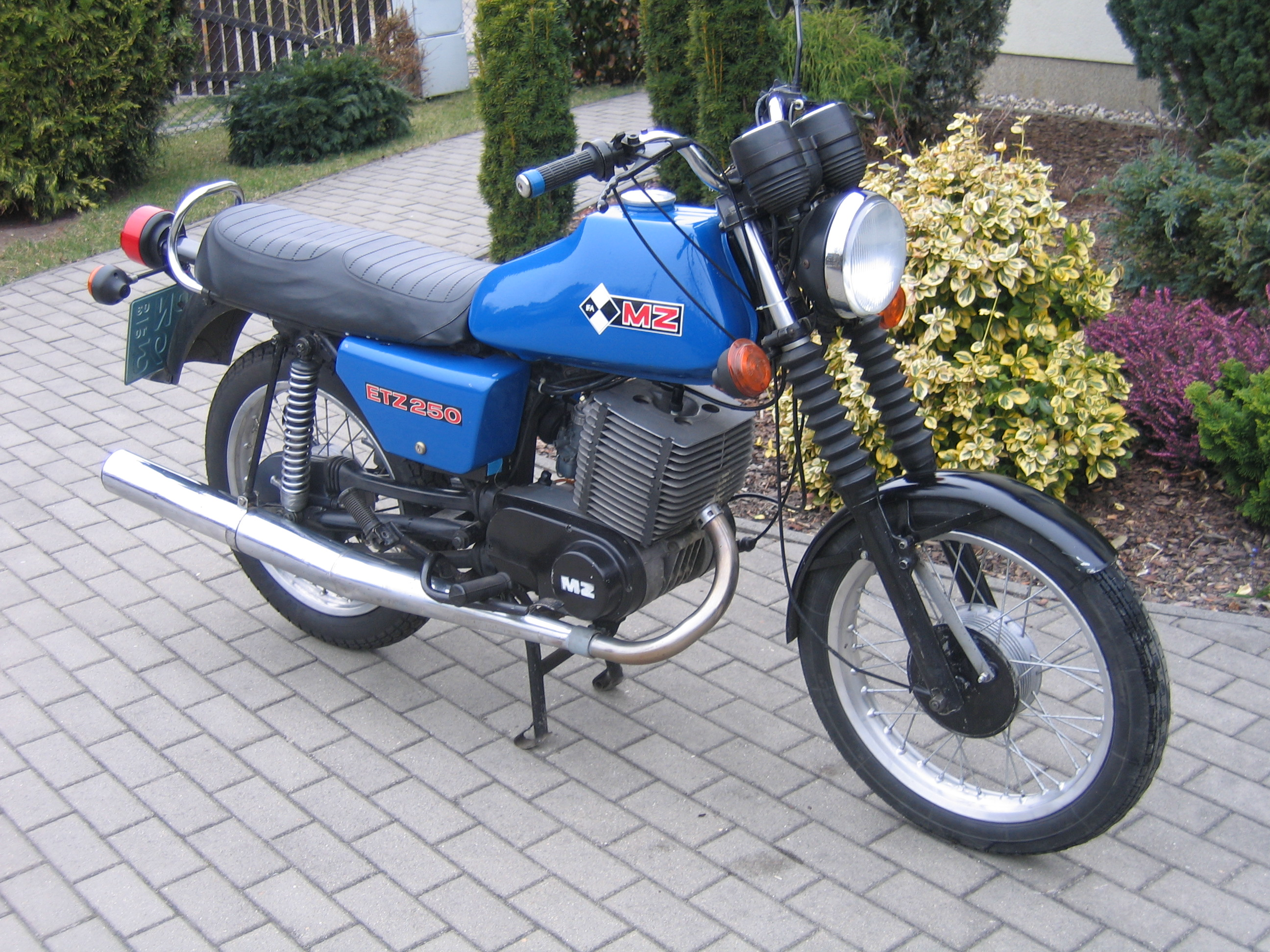 MZ ETZ 125 Saxon Roadstar 1995 wallpapers #140397