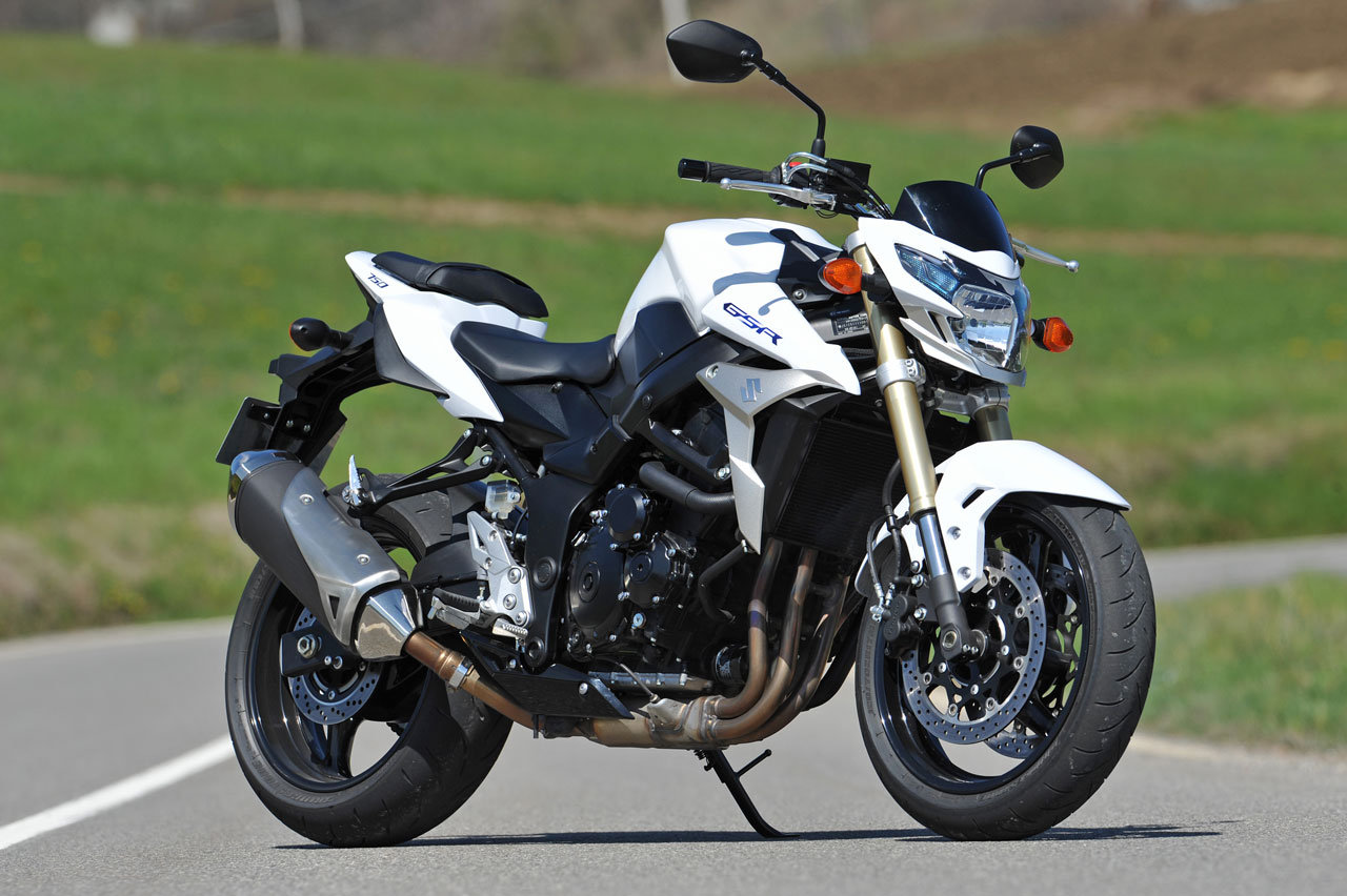 2011 suzuki gsr 750 pics specs and information. Black Bedroom Furniture Sets. Home Design Ideas