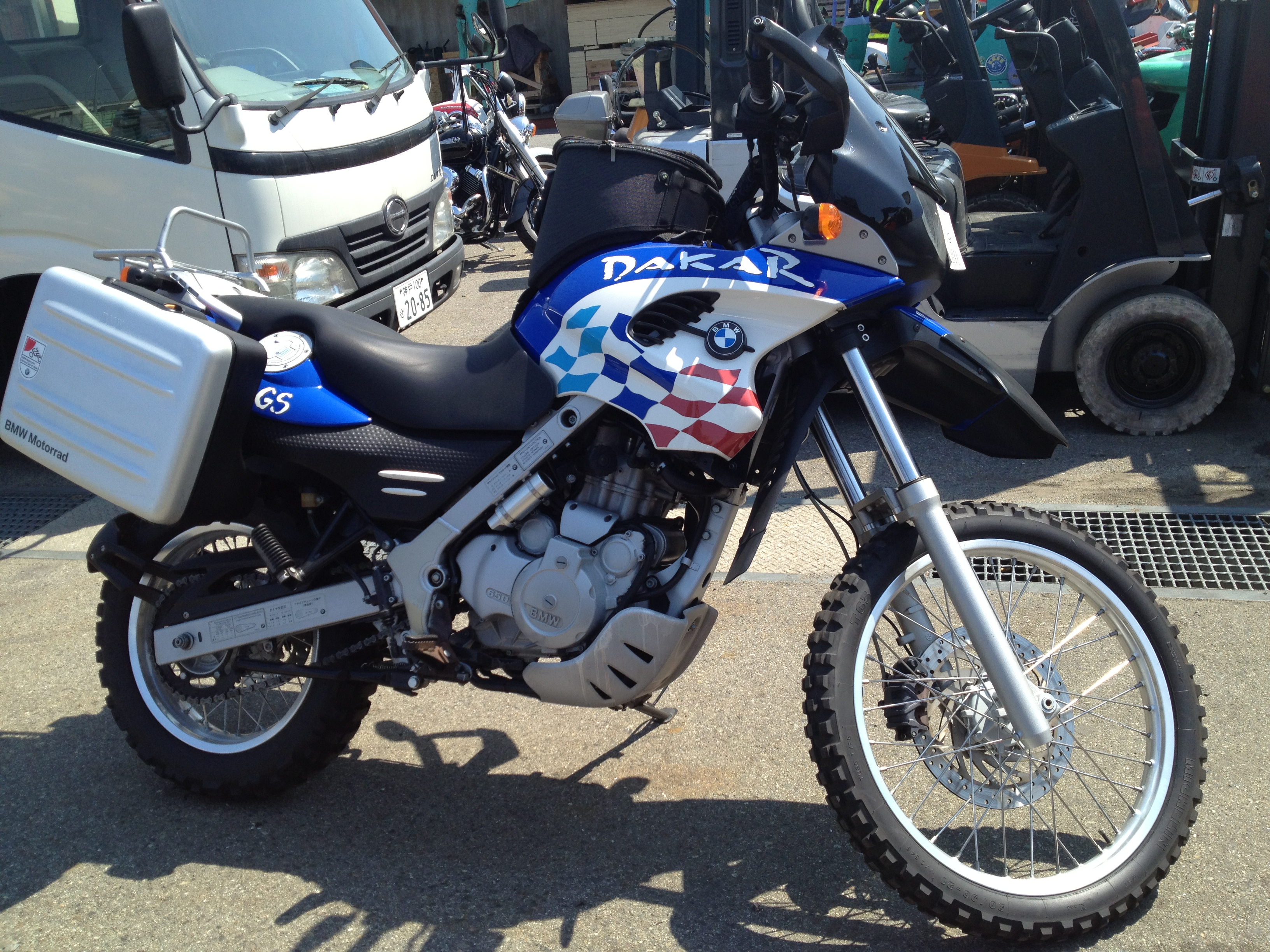 2000 bmw f650gs dakar pics specs and information. Black Bedroom Furniture Sets. Home Design Ideas