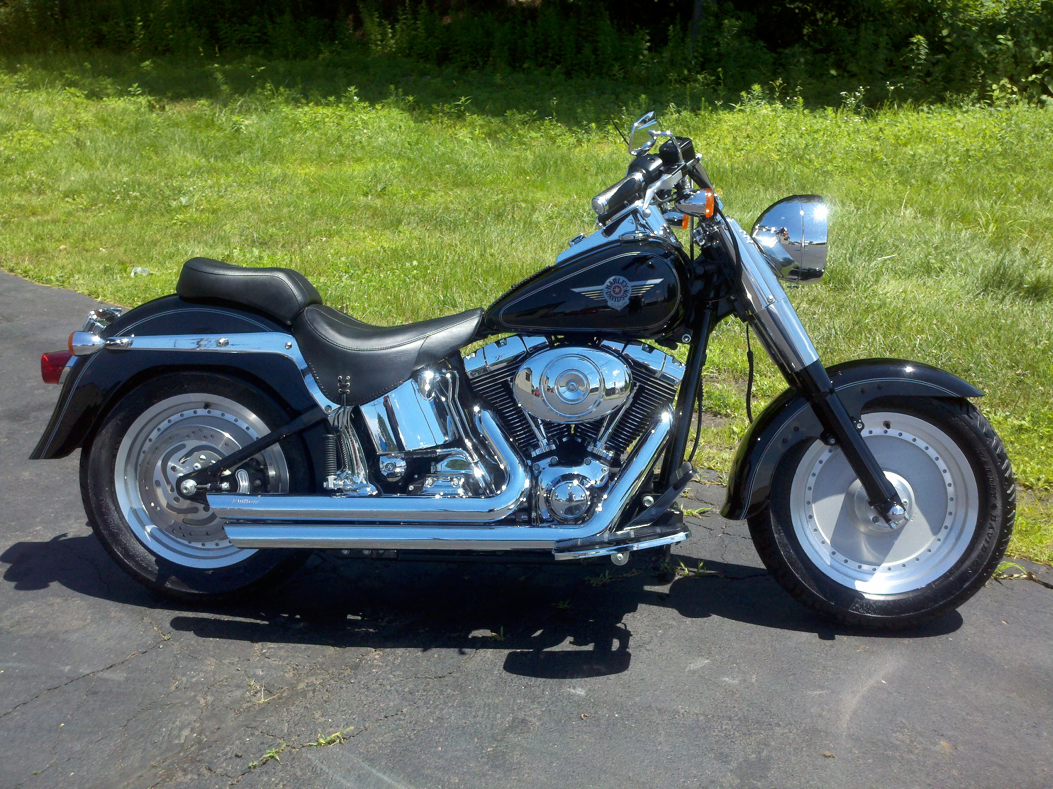 2004 harley davidson flstf fat boy pics specs and information. Black Bedroom Furniture Sets. Home Design Ideas