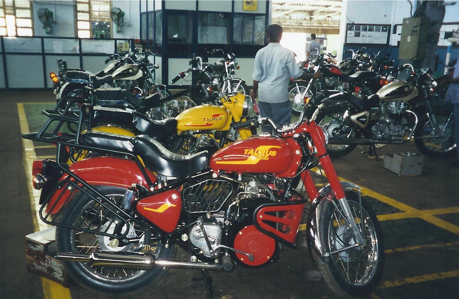 Royal Enfield Diesel 1997 images #122871