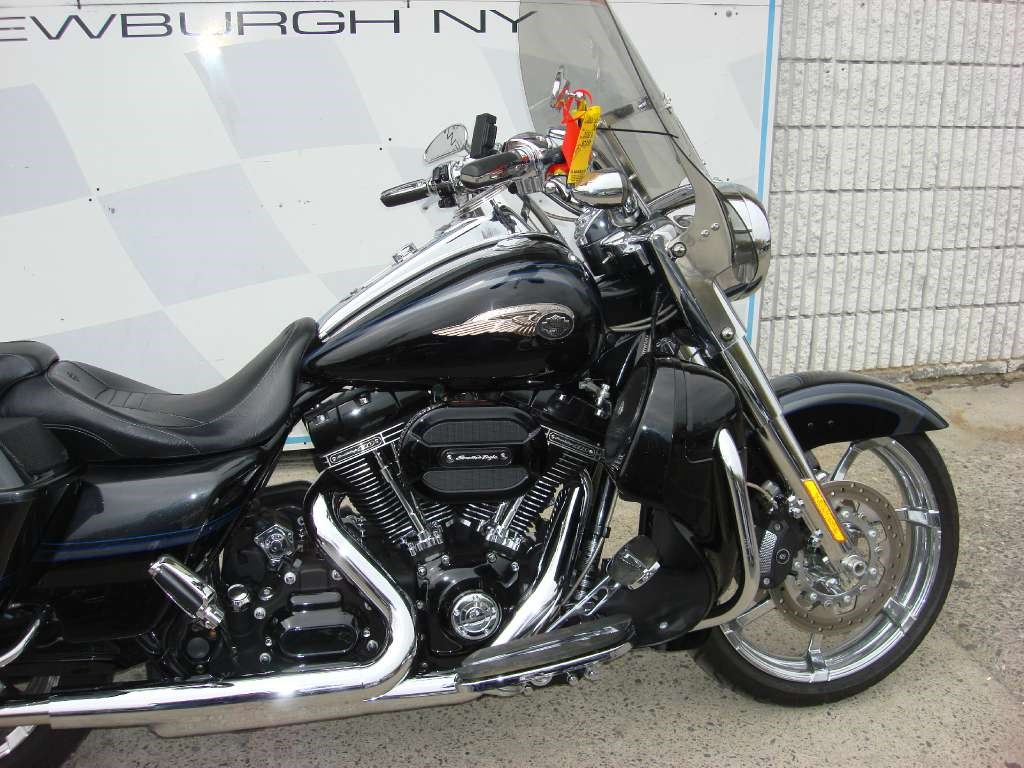 Harley-Davidson FLHRSE5 CVO Road King 110th Anniversary 2013 images #81632