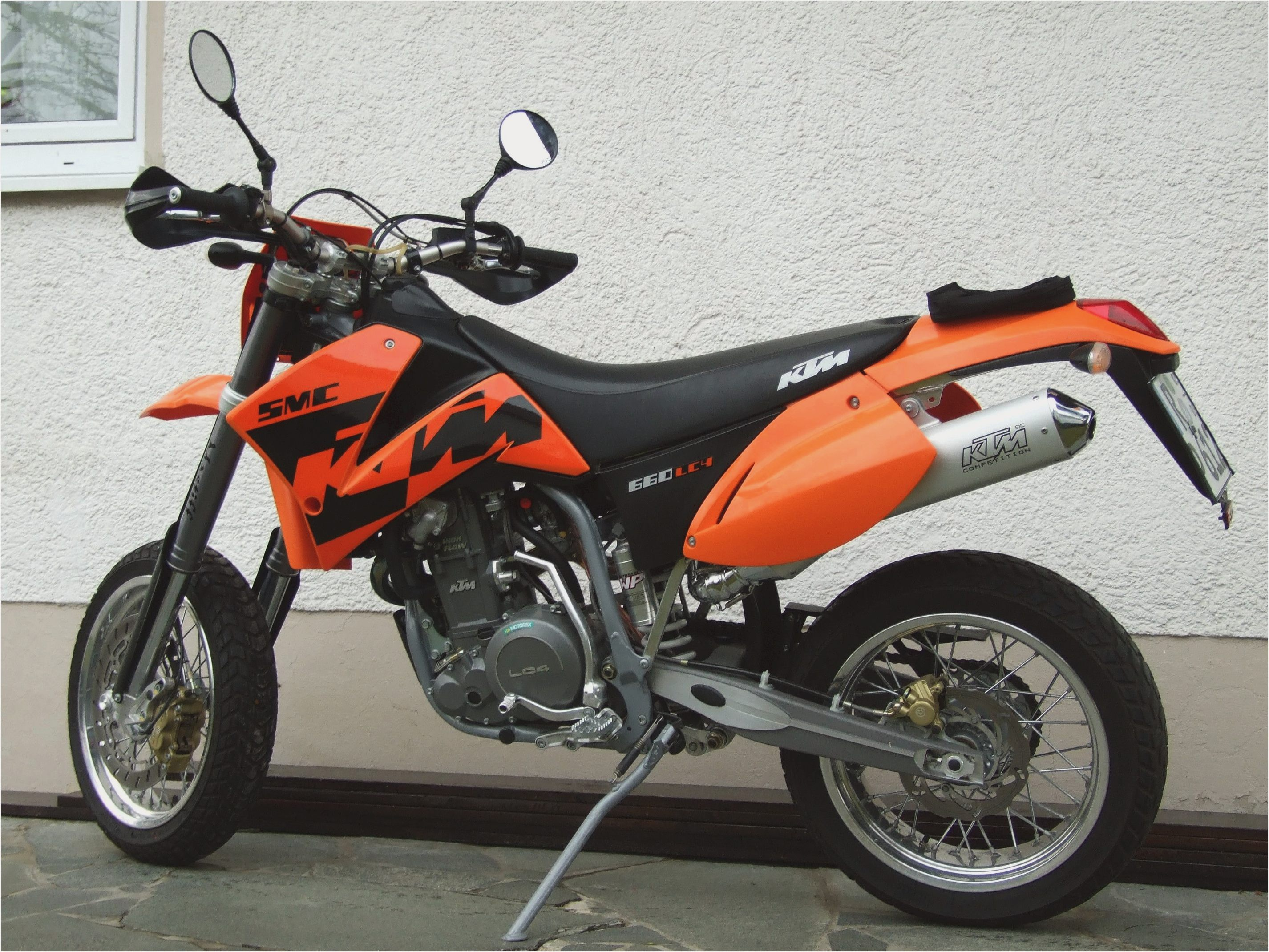 2009 ktm 690 smc pics specs and information. Black Bedroom Furniture Sets. Home Design Ideas