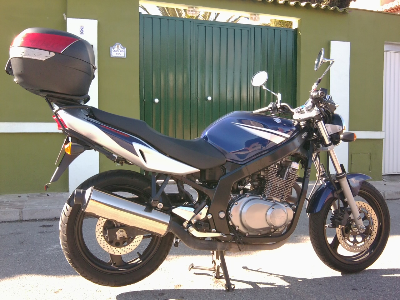 2009 suzuki gs 500 e pics specs and information. Black Bedroom Furniture Sets. Home Design Ideas