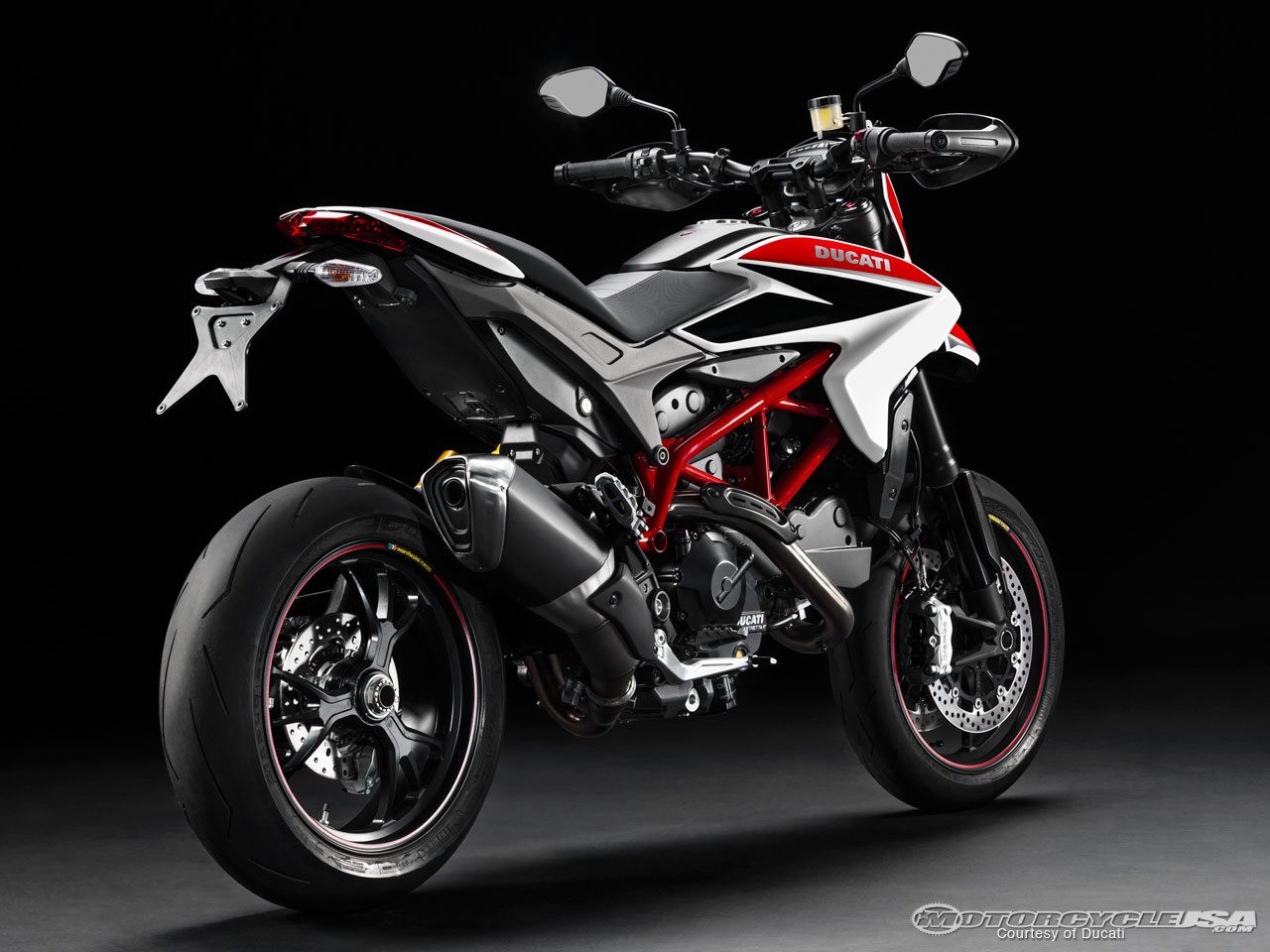 Ducati Hyperstrada 2013 wallpapers #13334