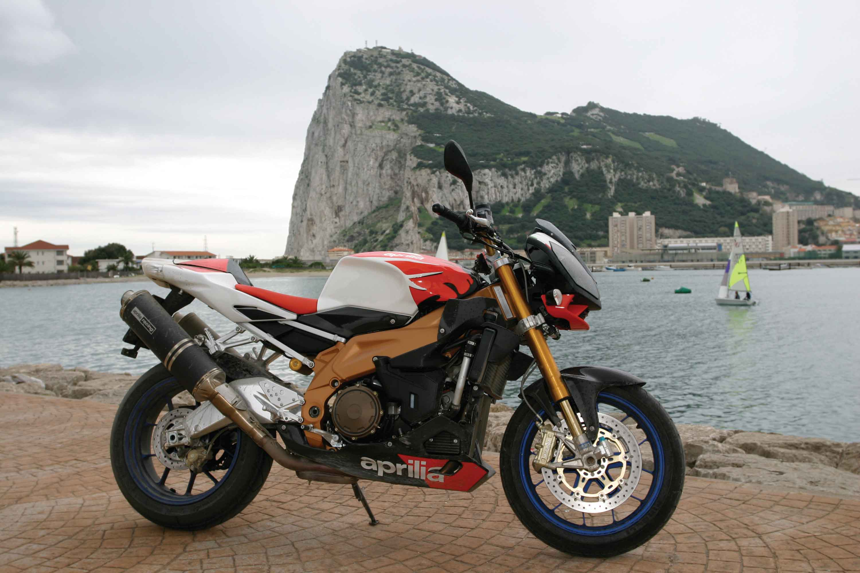 Aprilia Tuono 1000 R Factory wallpapers #6077