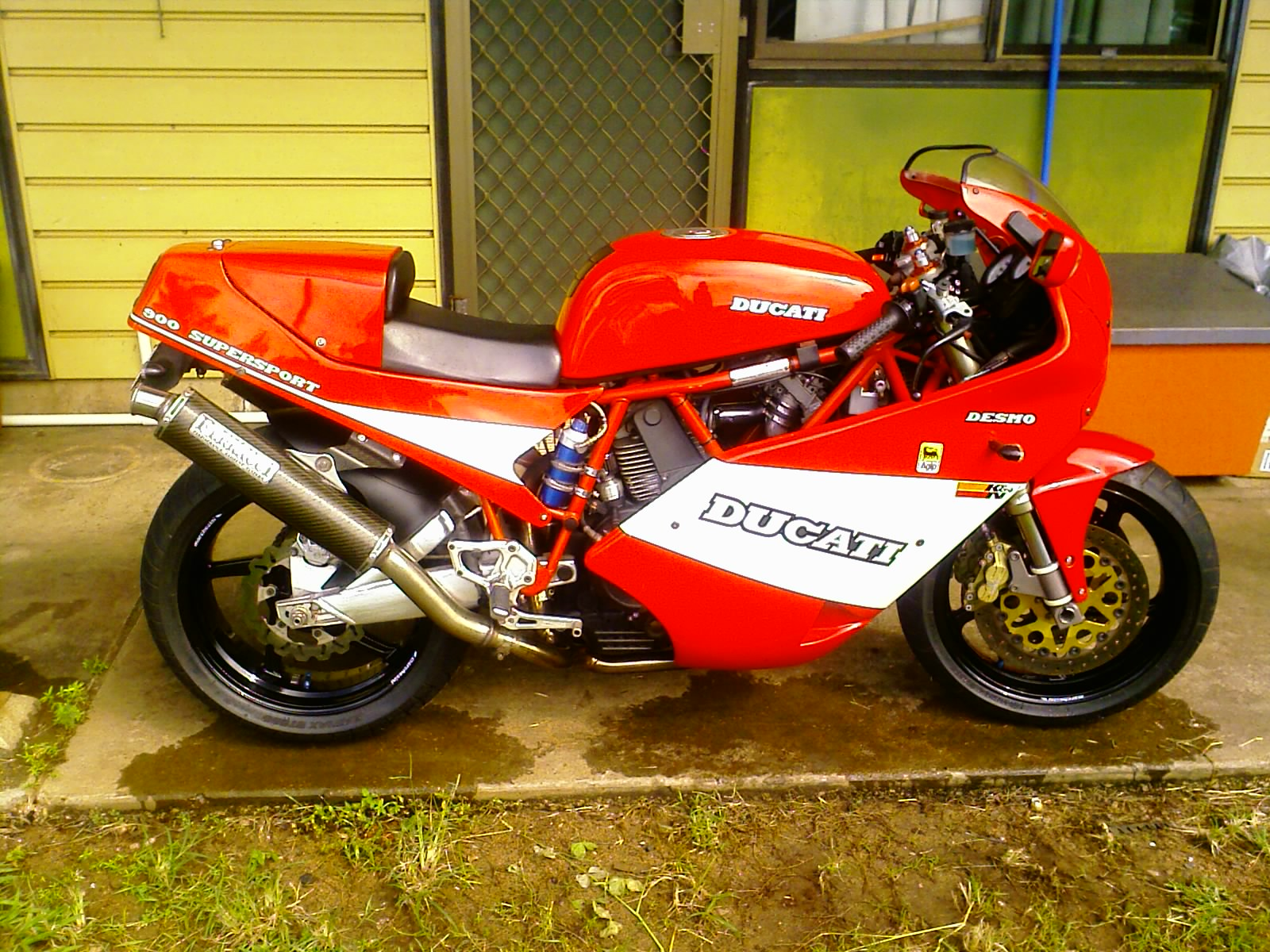 Ducati 900 SS Super Sport 1989 wallpapers #10452