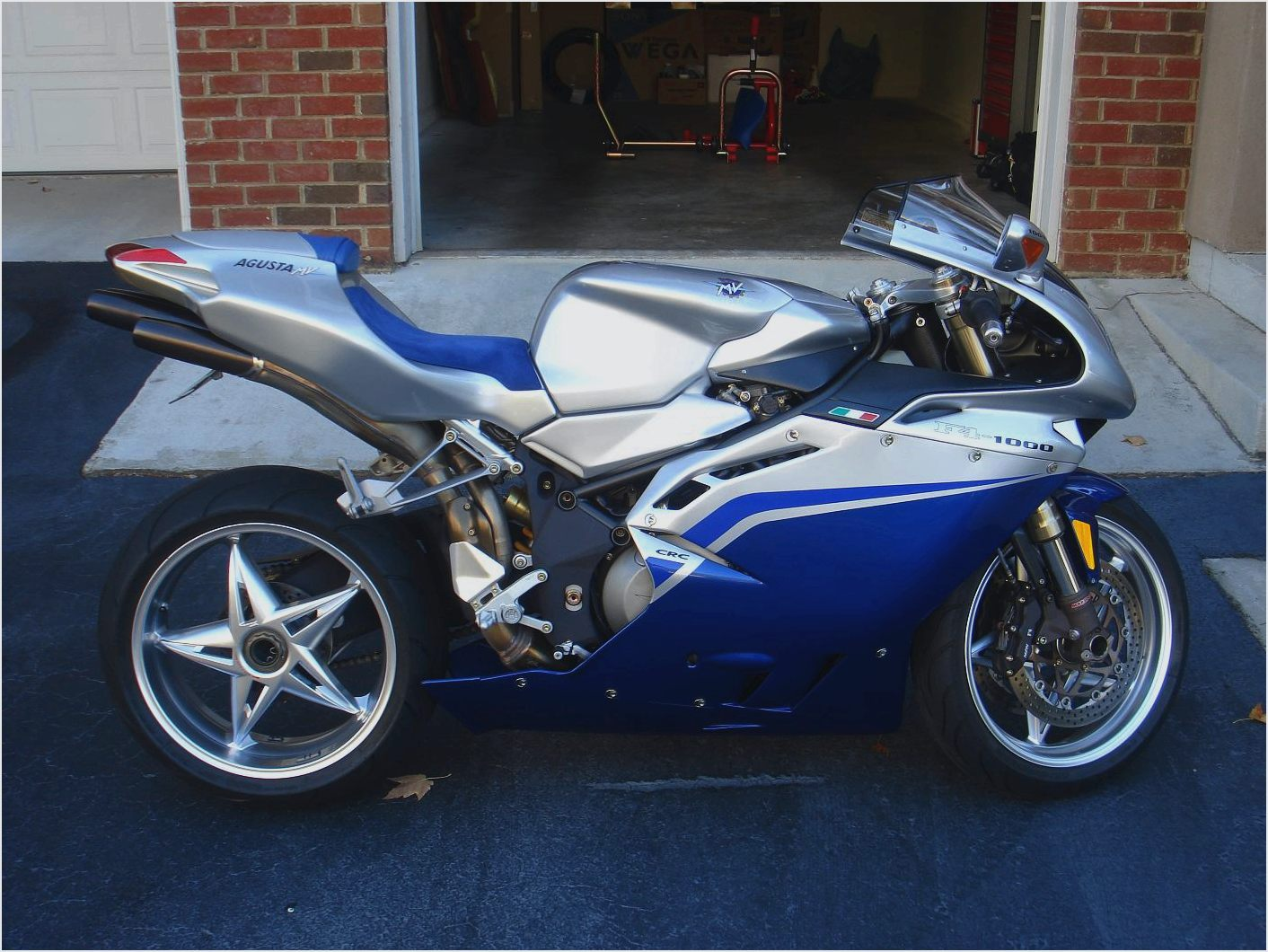 MV Agusta F4 1000 S 2006 images #113606